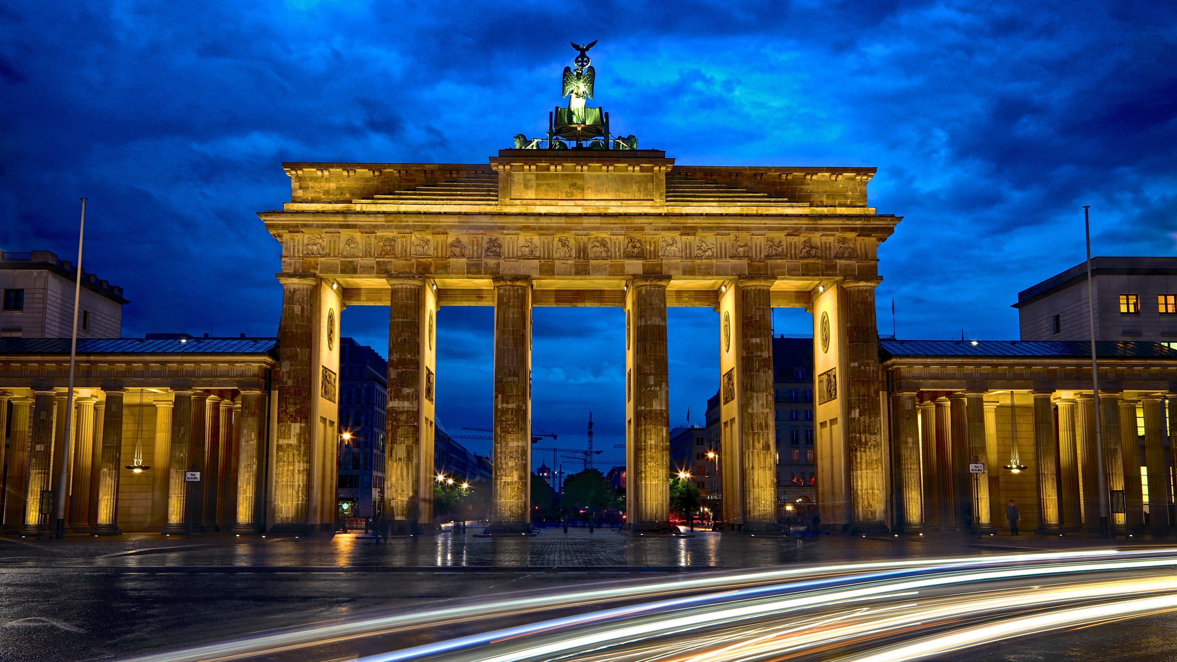 Res: 3840x2160, World / Brandenburg Gate Wallpaper
