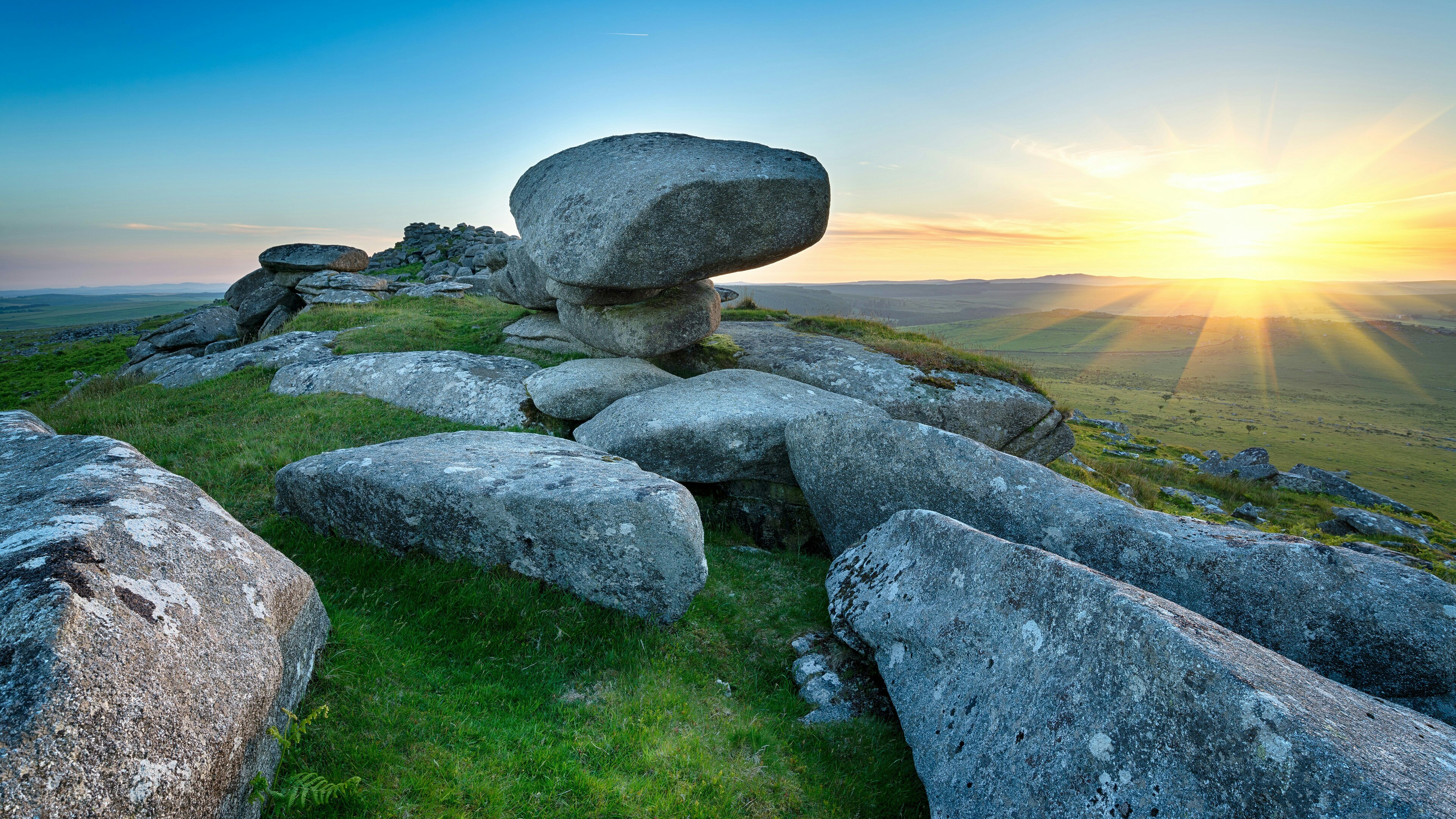 Res: 3840x2160, Kilmar Tor On Bodmin Moor In Cornwall Wallpaper | Wallpaper Studio 10 |  Tens of thousands HD and UltraHD wallpapers for Android, Windows and Xbox