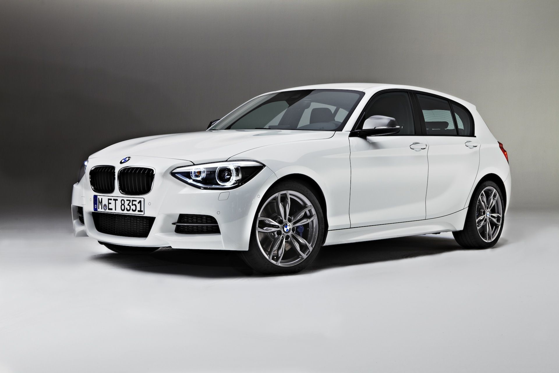 Res: 1920x1280, BMW 1-Series 3-Door and M135i (F21) Official Wallpapers, Info