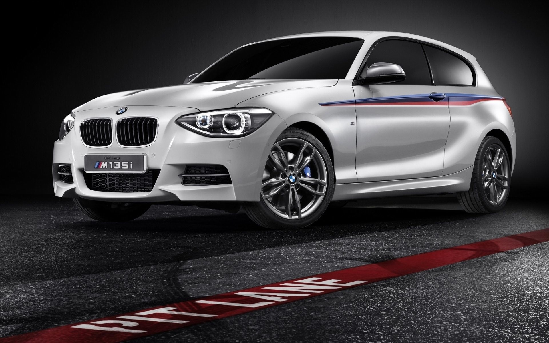Res: 1920x1200, BMW M135i Wallpaper Background