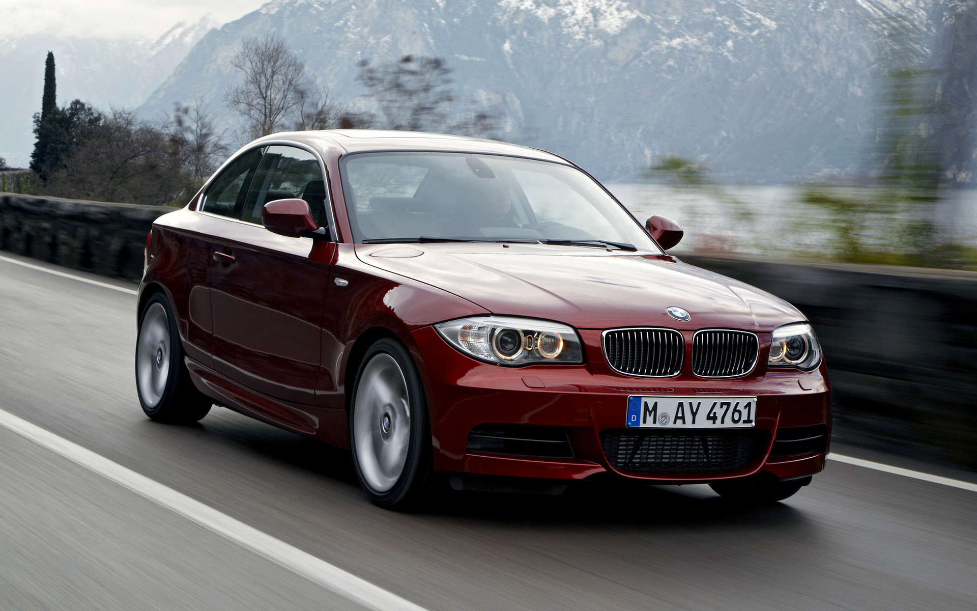 Res: 1920x1200, Wide 8:5 · BMW 135i ...
