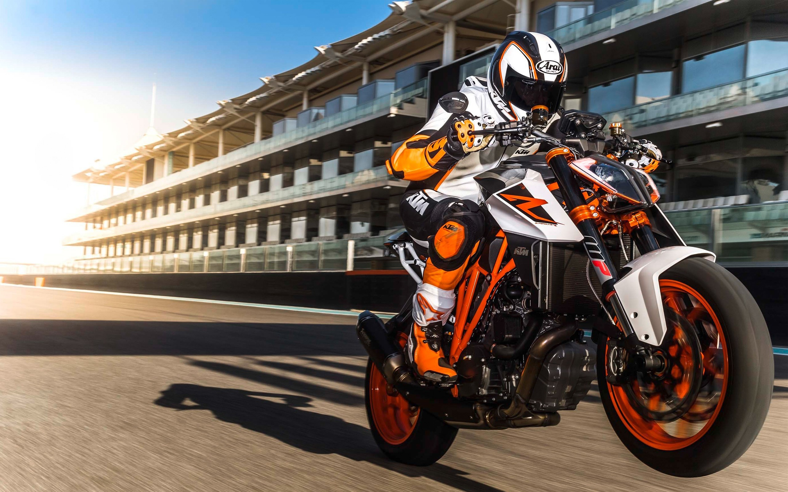 Res: 2560x1600, 2017 KTM 390 Duke 4K 8K