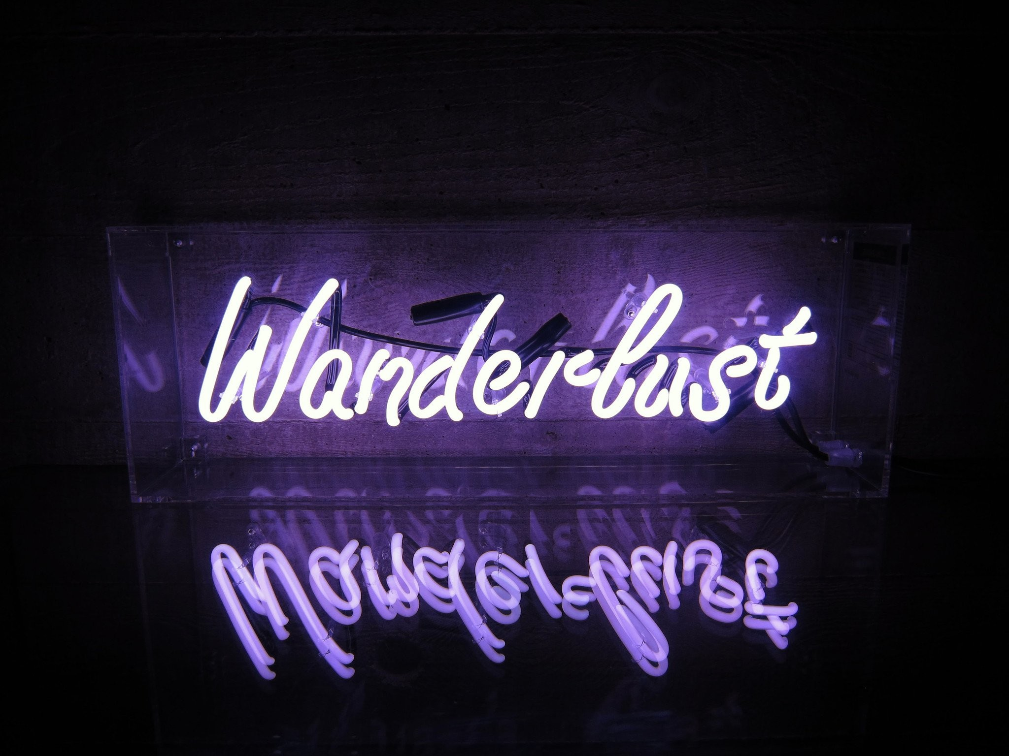Res: 2048x1536, Wanderlust Neon Sign