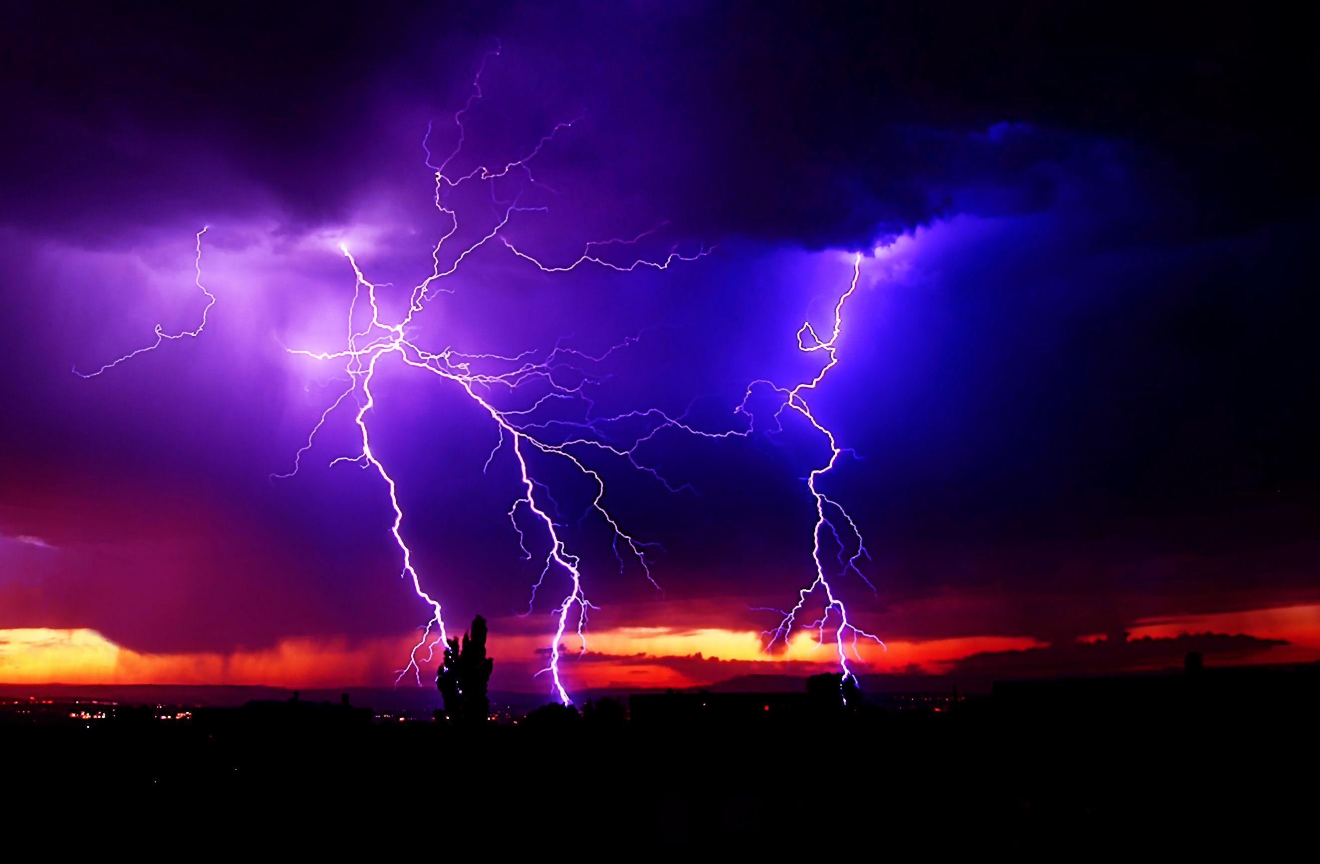 Res: 2645x1732, Impressive Lightning Storms for your Desktop Wallpaper Thomas Craig