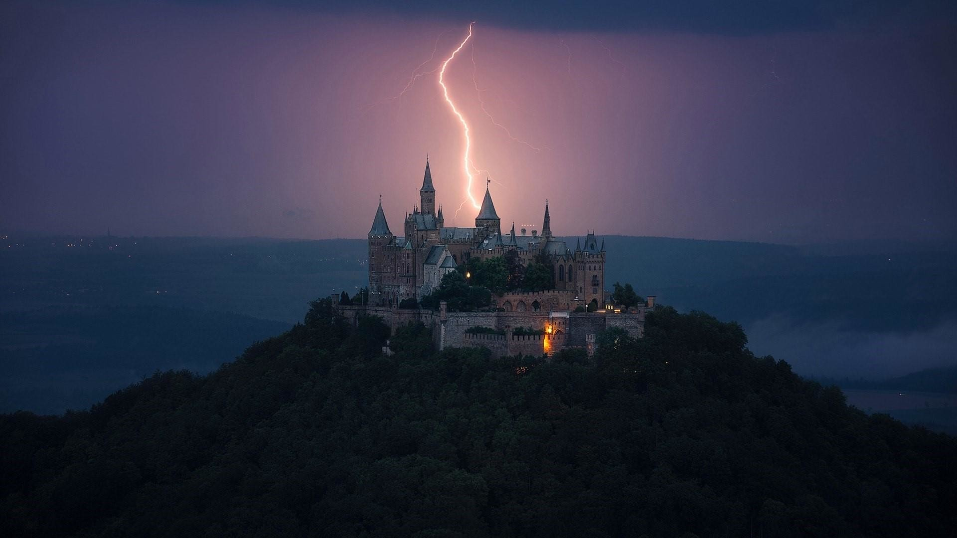 Res: 1920x1080, Hohenzollern Castle with lightning strike wallpaper