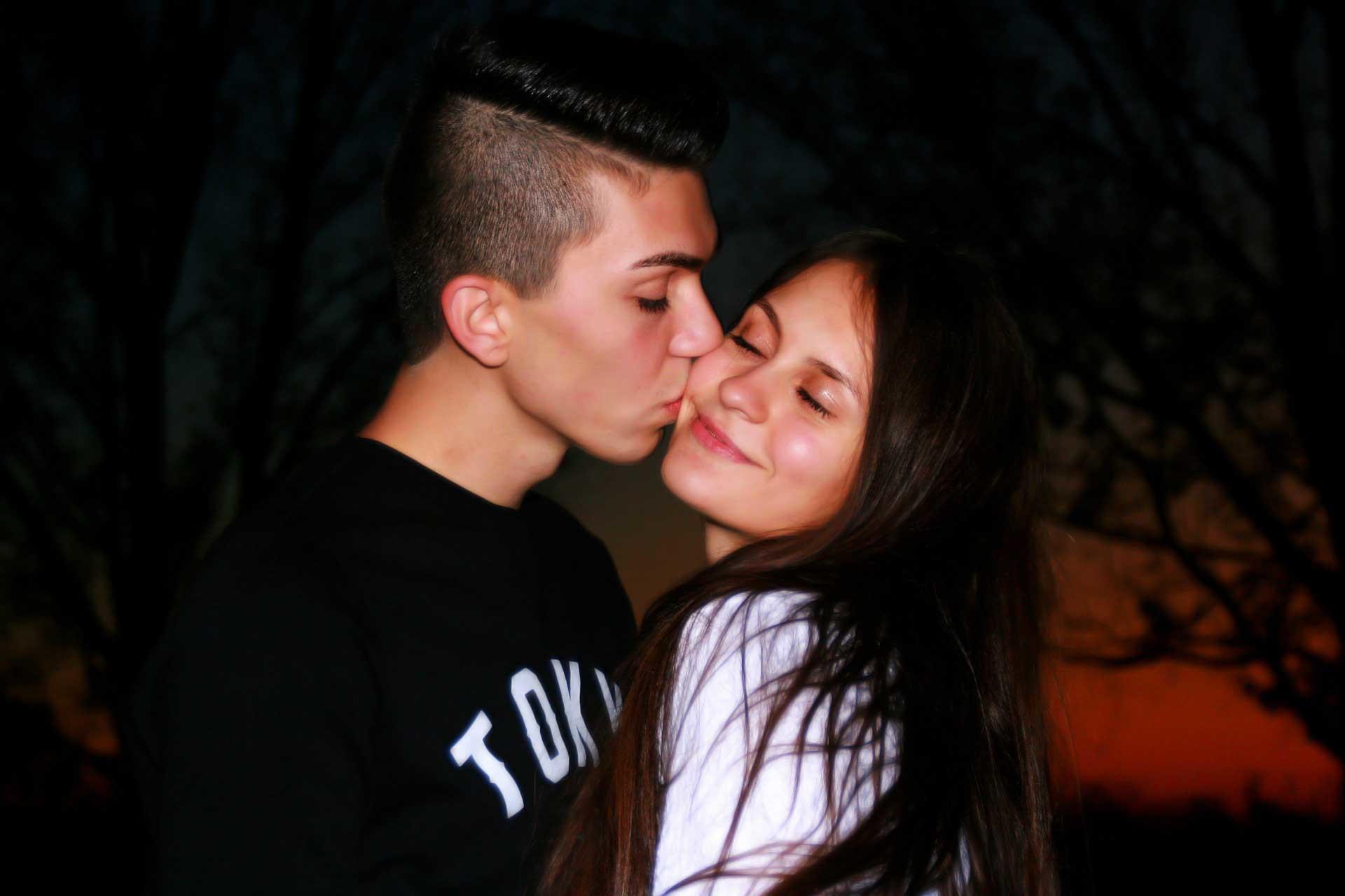 Res: 1920x1280,  - pix. | Couple kiss | Jordan Koch download to your desktop