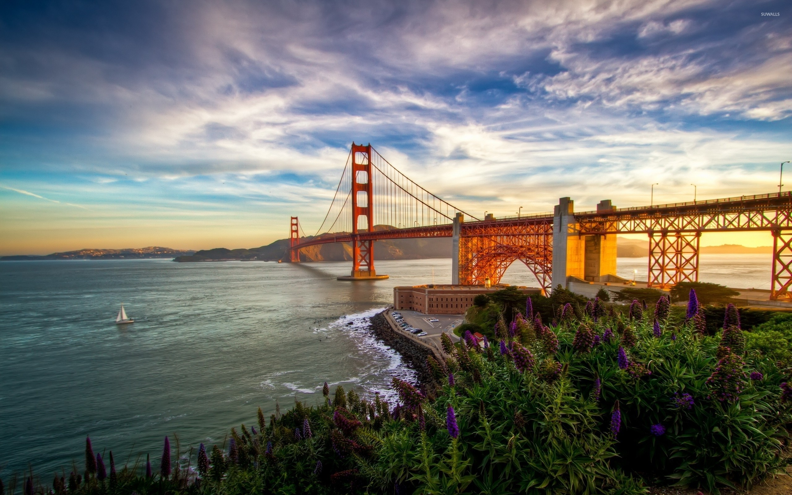 Res: 2560x1600, Sunset light on Golden Gate Bridge wallpaper