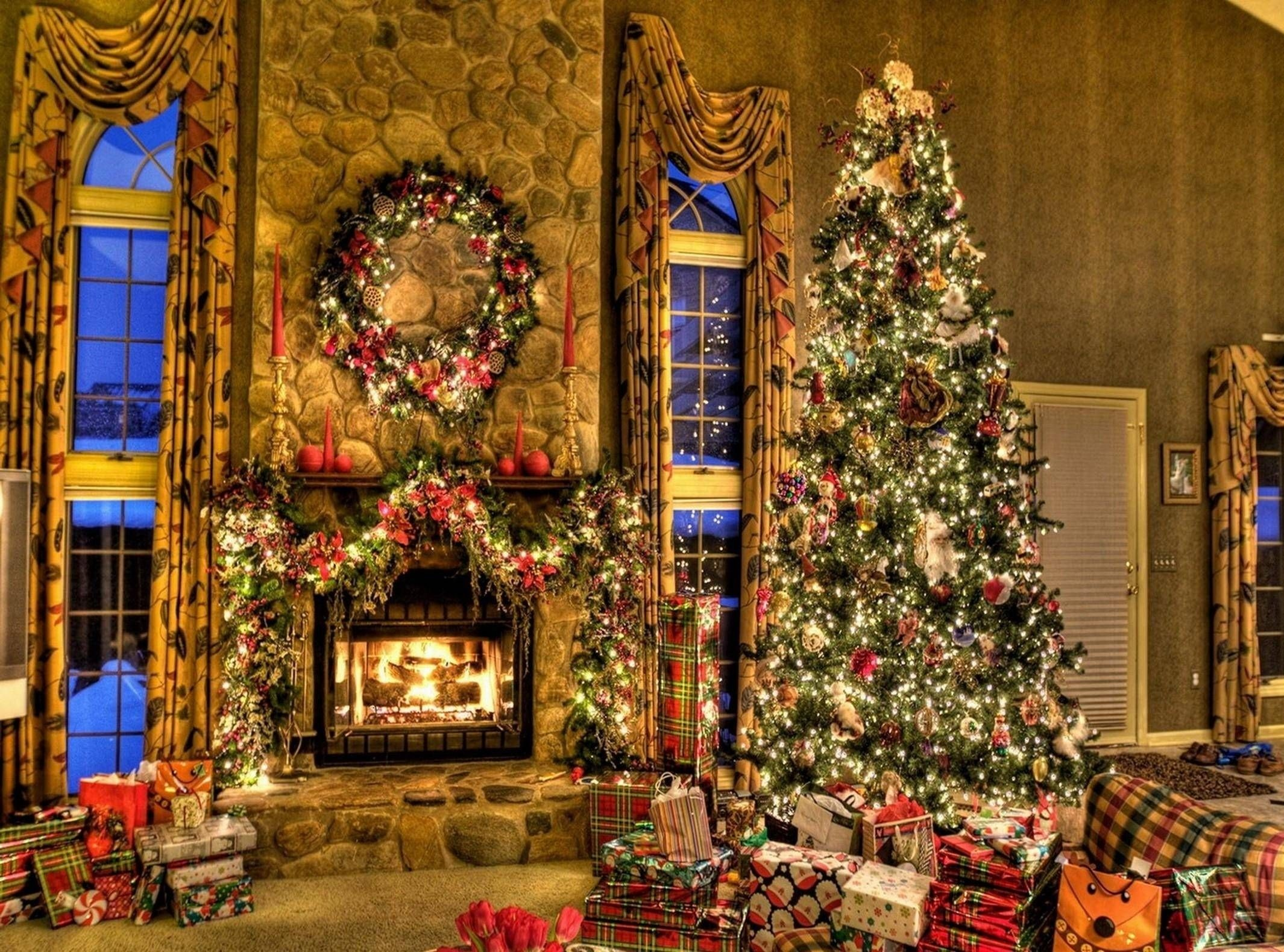 Res: 2130x1580, Free Christmas Fireplace Wallpapers Wallpaper Cave