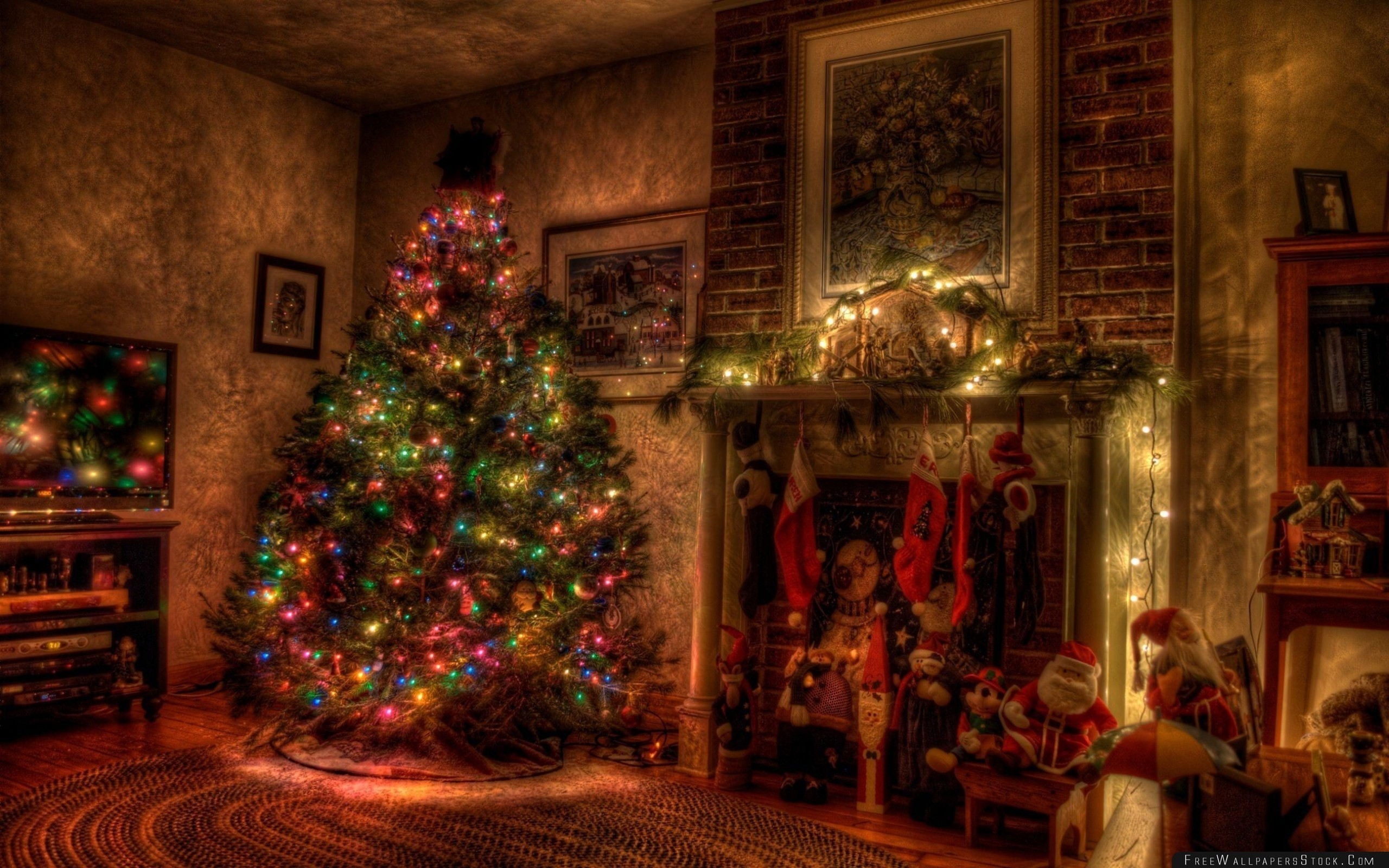 Res: 2560x1600, Tree Christmas Holiday Garland Fireplace Toys Stockings Wallpaper