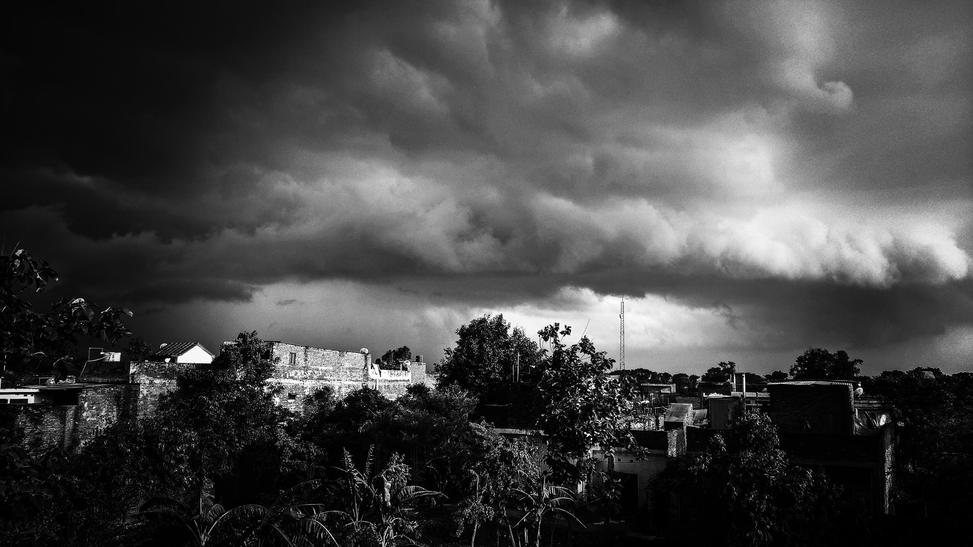 "Res: 3840x2160, 3000x2000 Dark Clouds Wallpaper ·①"">"