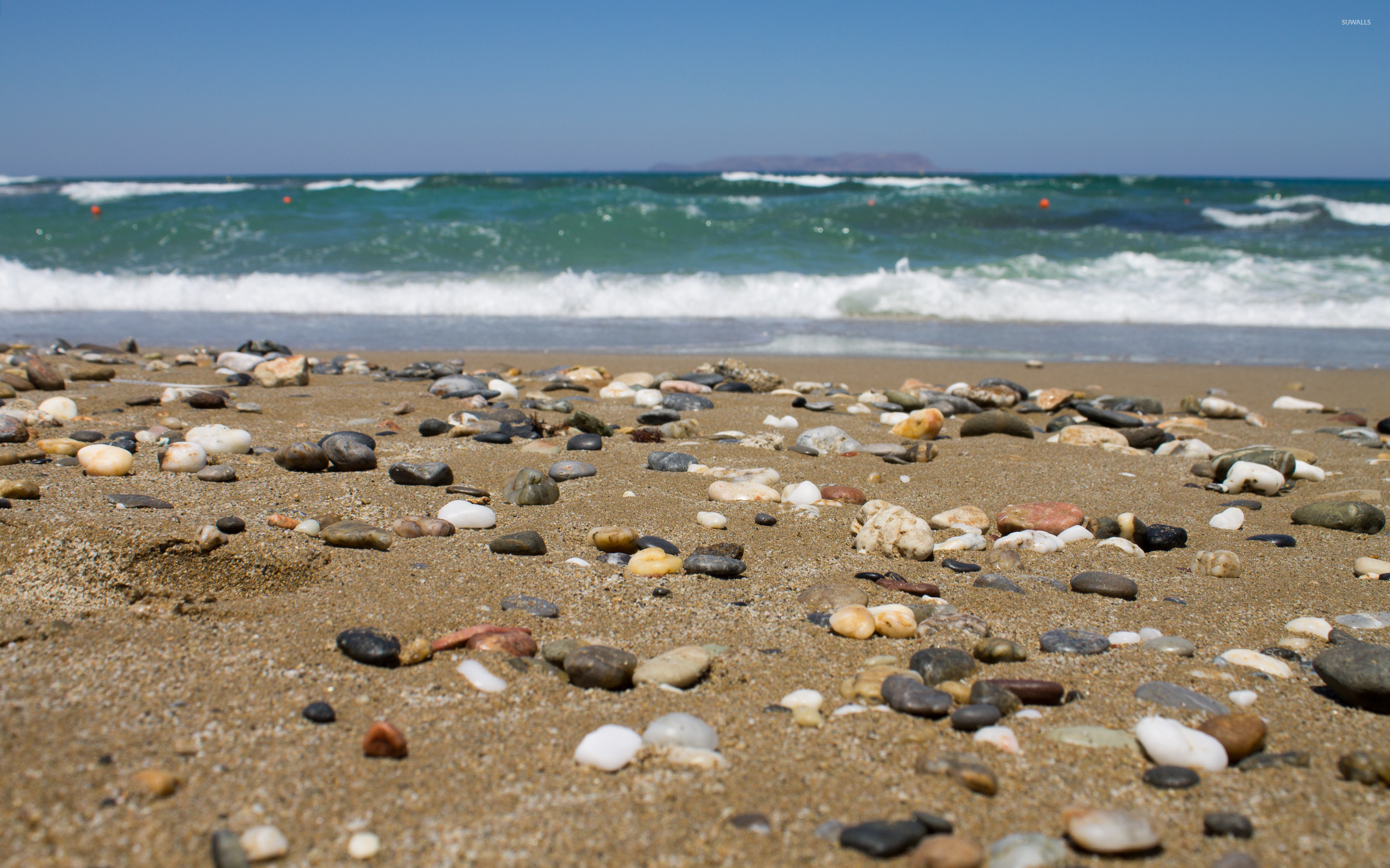 Res: 2880x1800, Pebbles on the sandy beach wallpaper