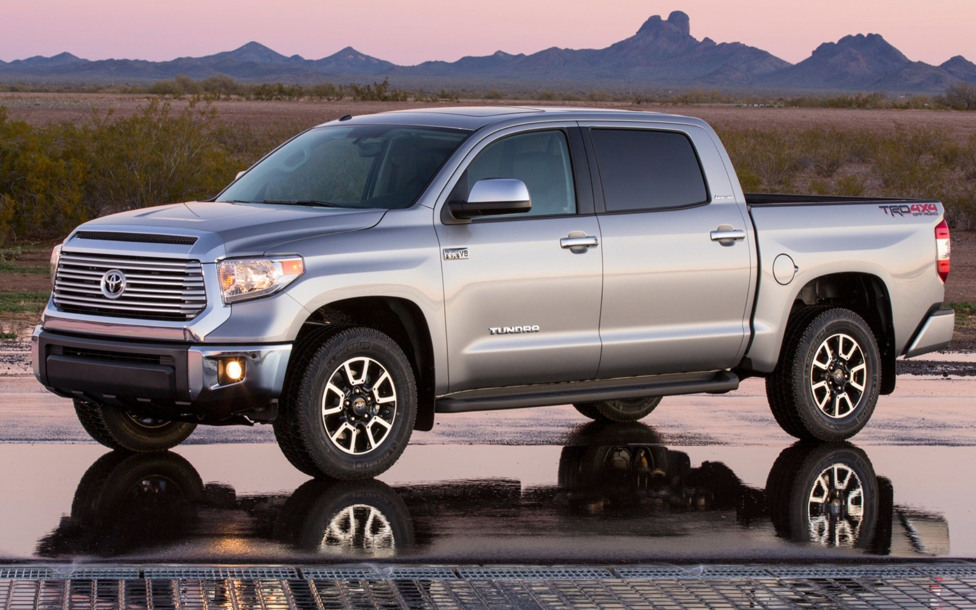 Res: 1920x1200, 2014 Toyota Tundra Wallpapers