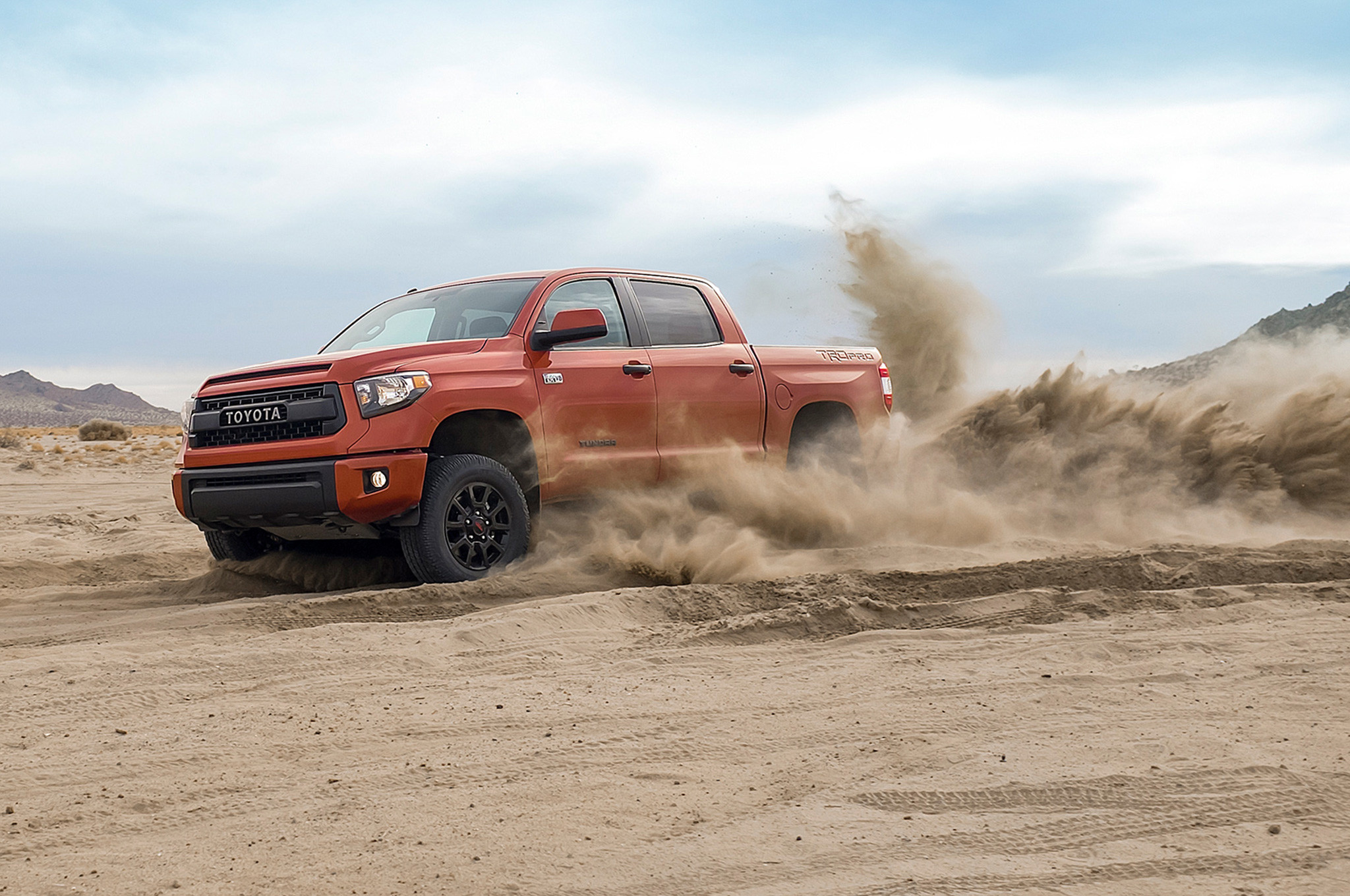 Res: 2048x1360, 2015 Toyota Tundra Trd Pro Road Test Wallpaper