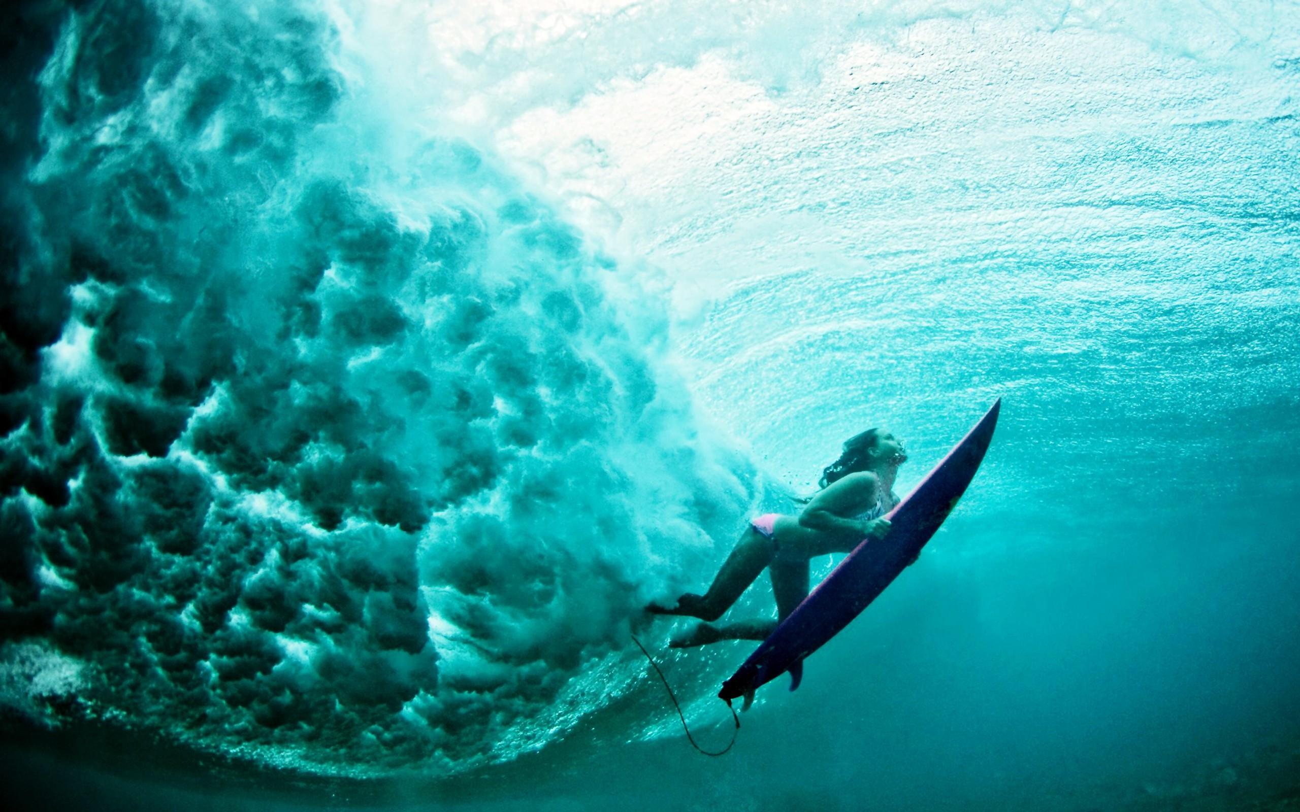 Res: 2560x1600, Underwater Surf Girl Wallpaper