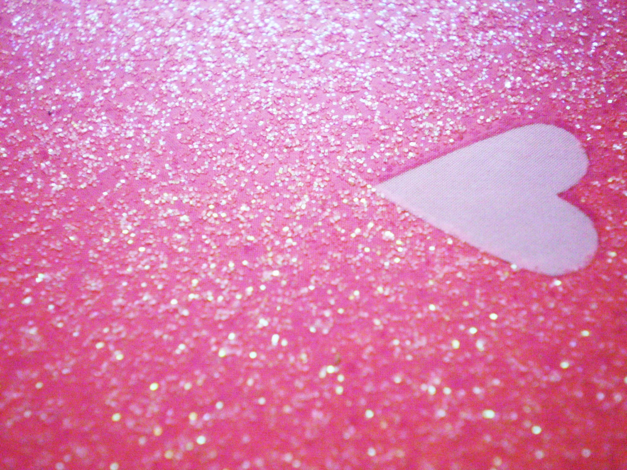Res: 2048x1536, Glitter Pink Heart HD Wallpaper