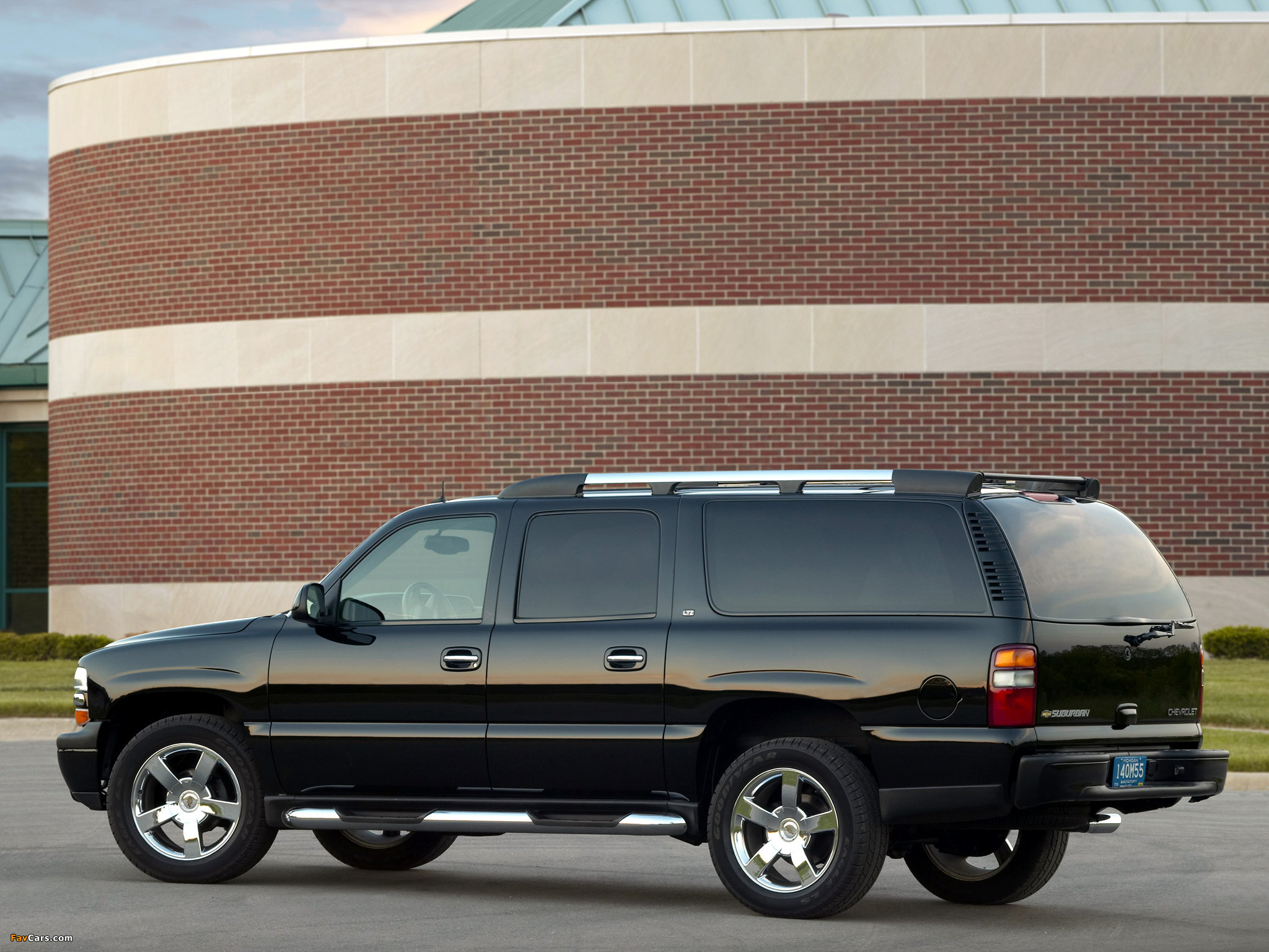Res: 2048x1536, Chevrolet Suburban An American Revolution 2004 wallpapers (2048 x 1536)