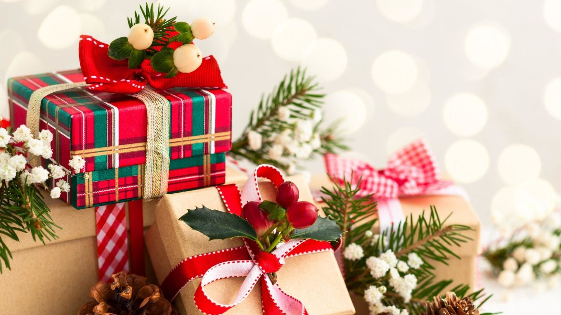 Res: 1920x1080, Christmas Presents Wallpaper   Wallpaper Studio 10   Tens of thousands HD  and UltraHD wallpapers for Android, Windows and Xbox