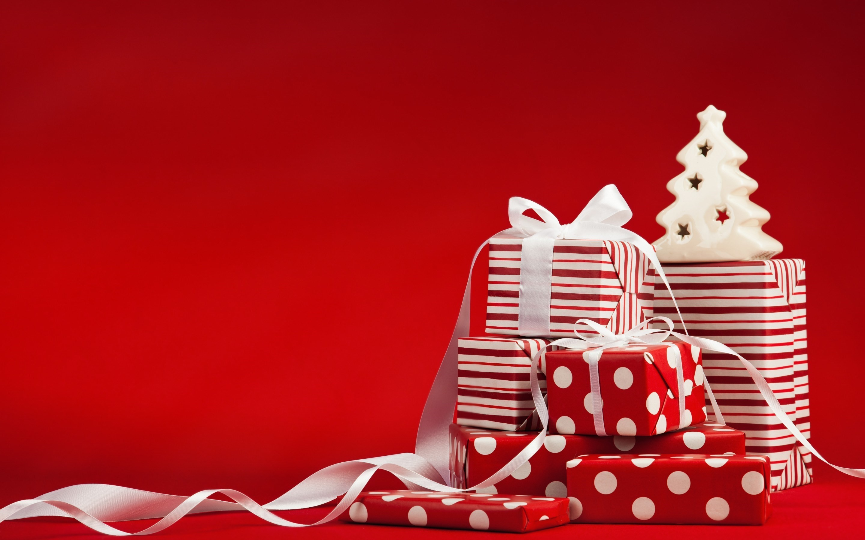 Res: 2880x1800, ... Christmas Gift Boxes Wallpaper (03) ...