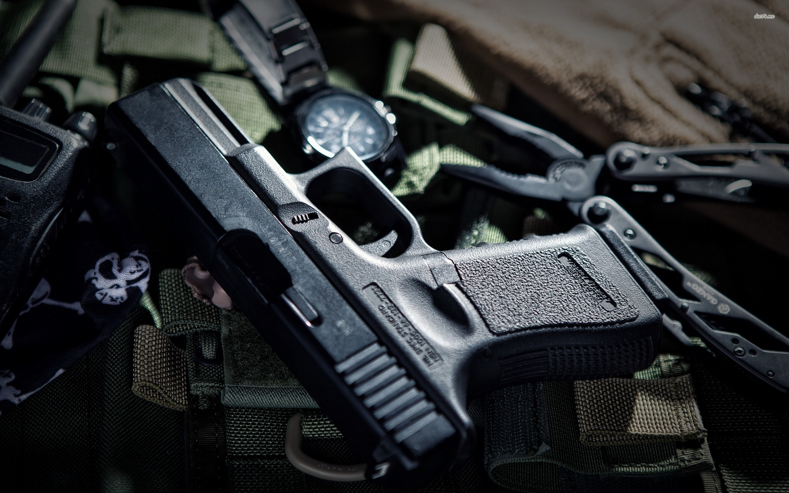 Res: 2560x1600, ... Glock pistol wallpaper  ...