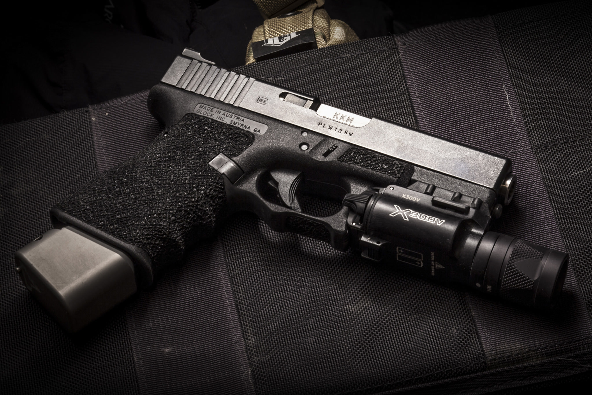 Res: 2048x1365, glock semi automatic gun weapon wallpapers weapon download