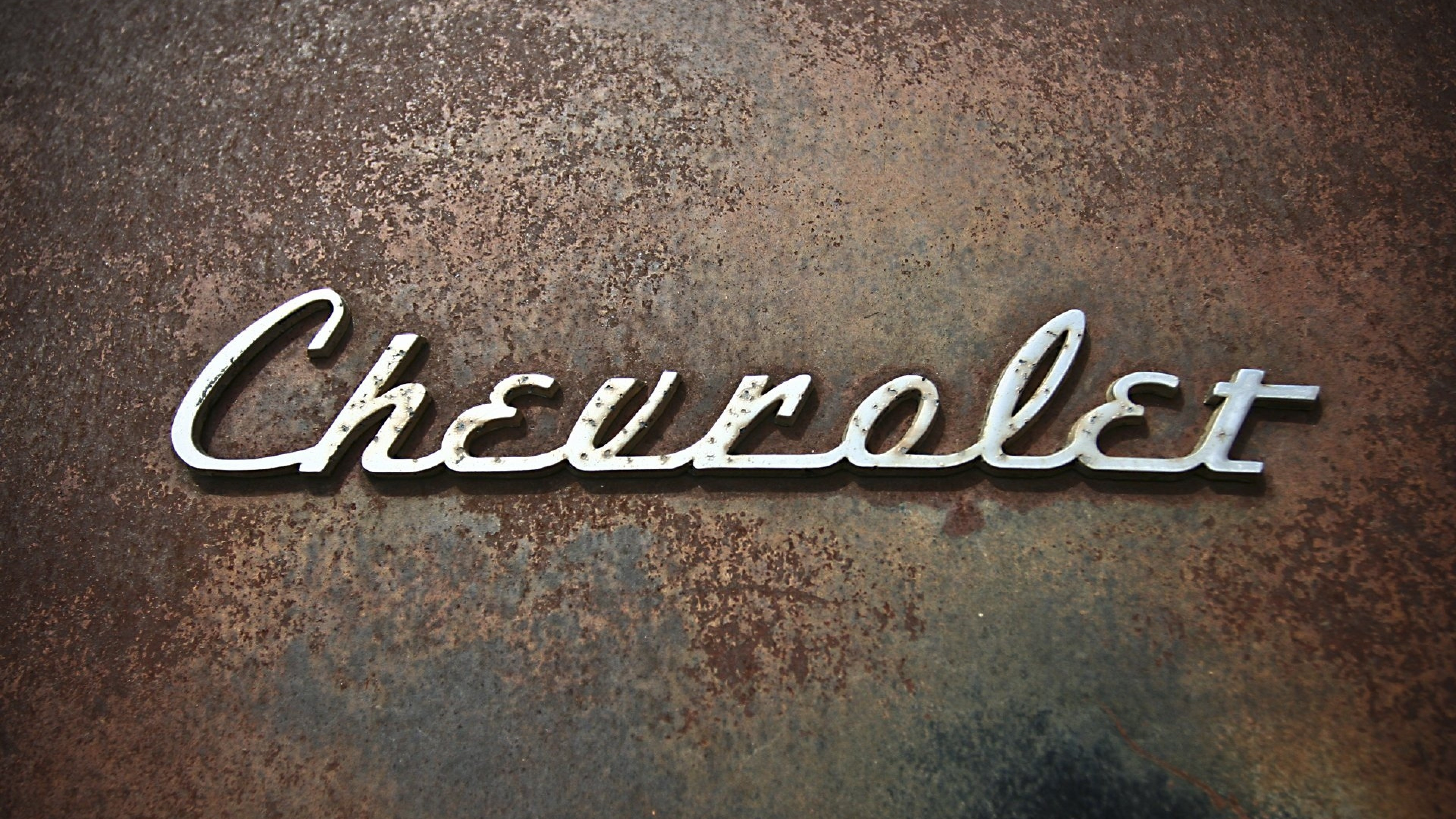 Res: 3840x2160, ... Download Wallpaper  Chevrolet, Logo, Rust 4K Ultra HD HD