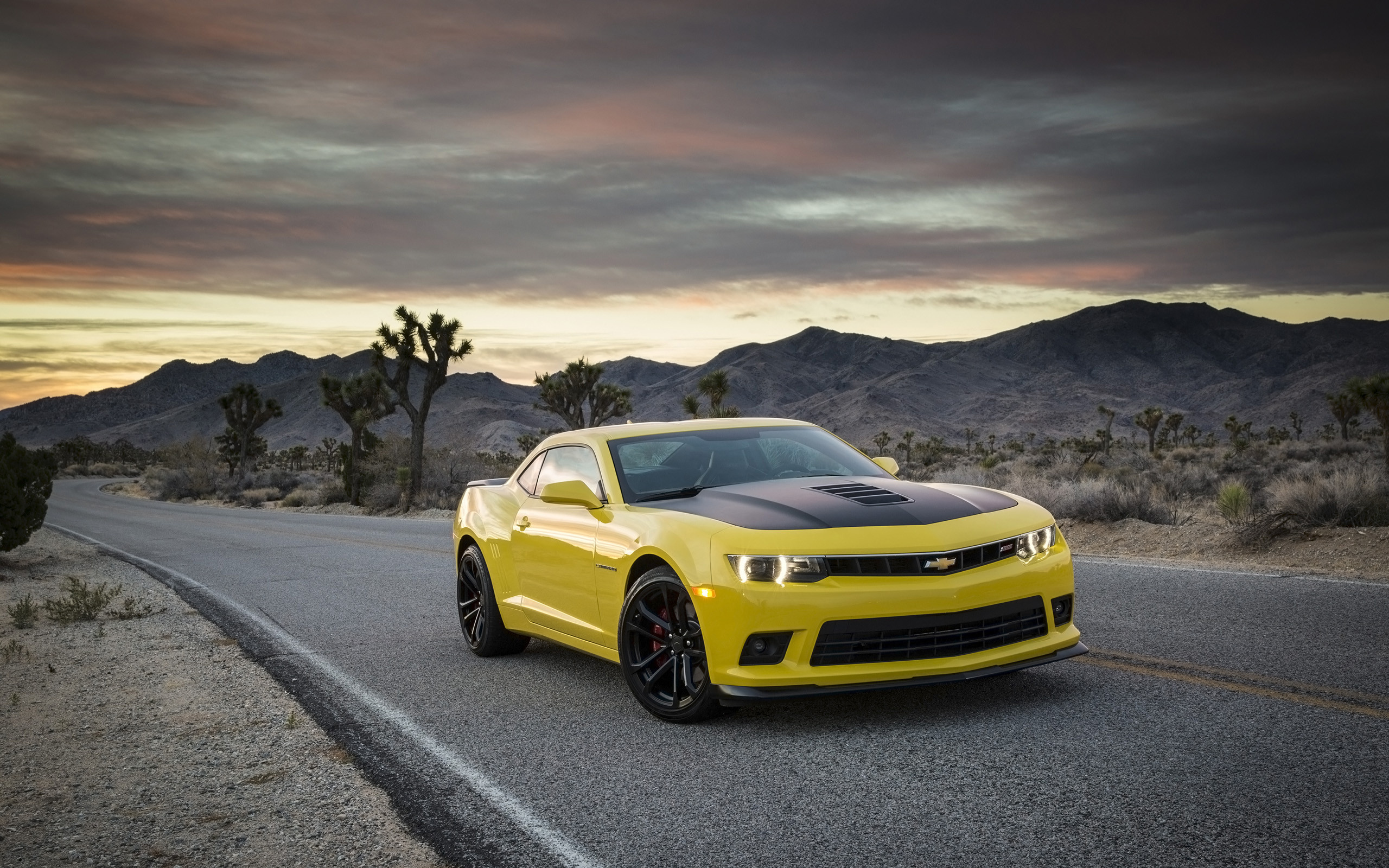 Res: 2560x1600, Chevrolet Camaro Wallpaper HD