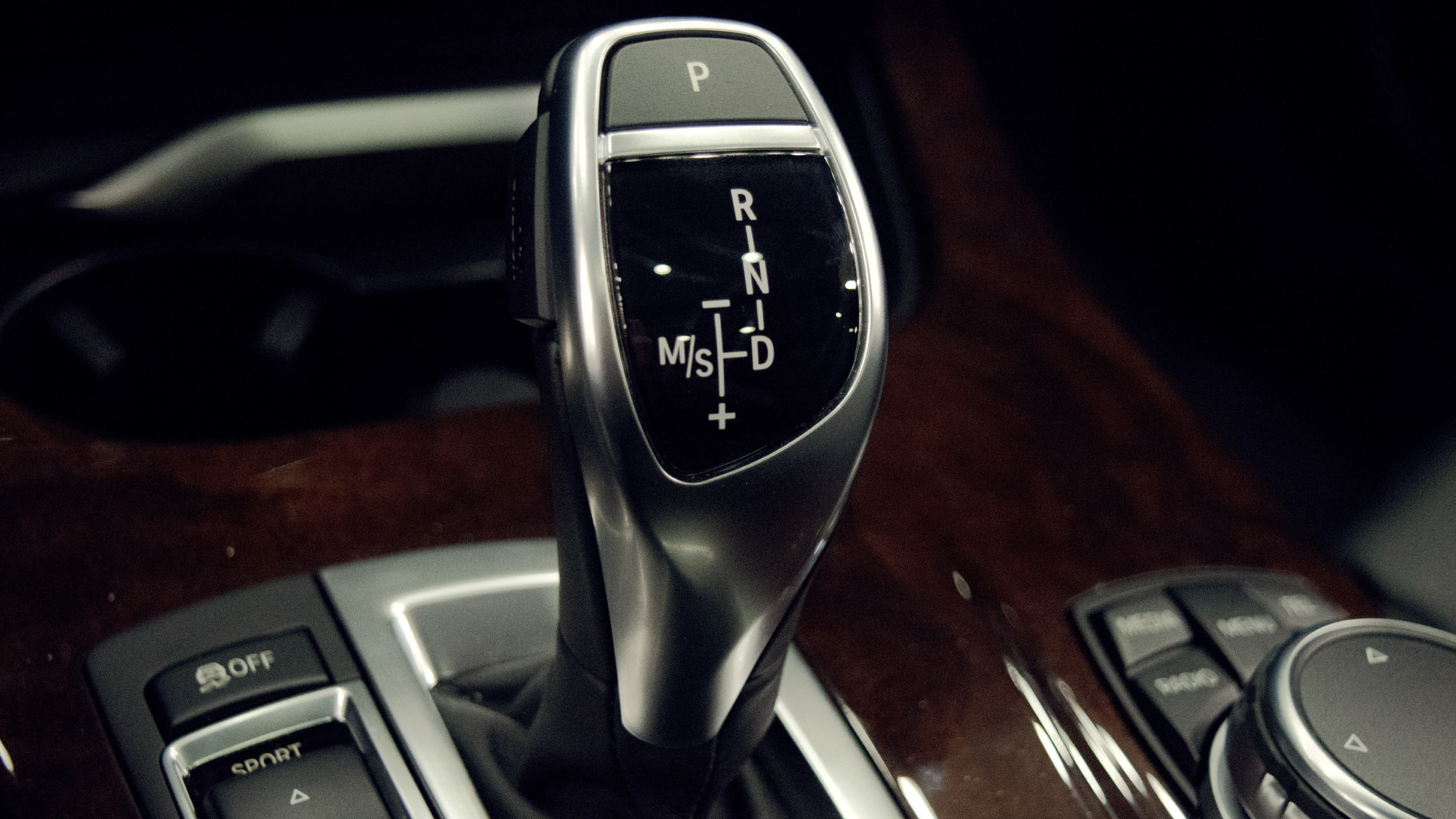 Res: 3840x2160, car car interior gear shifter bmw wallpaper and background