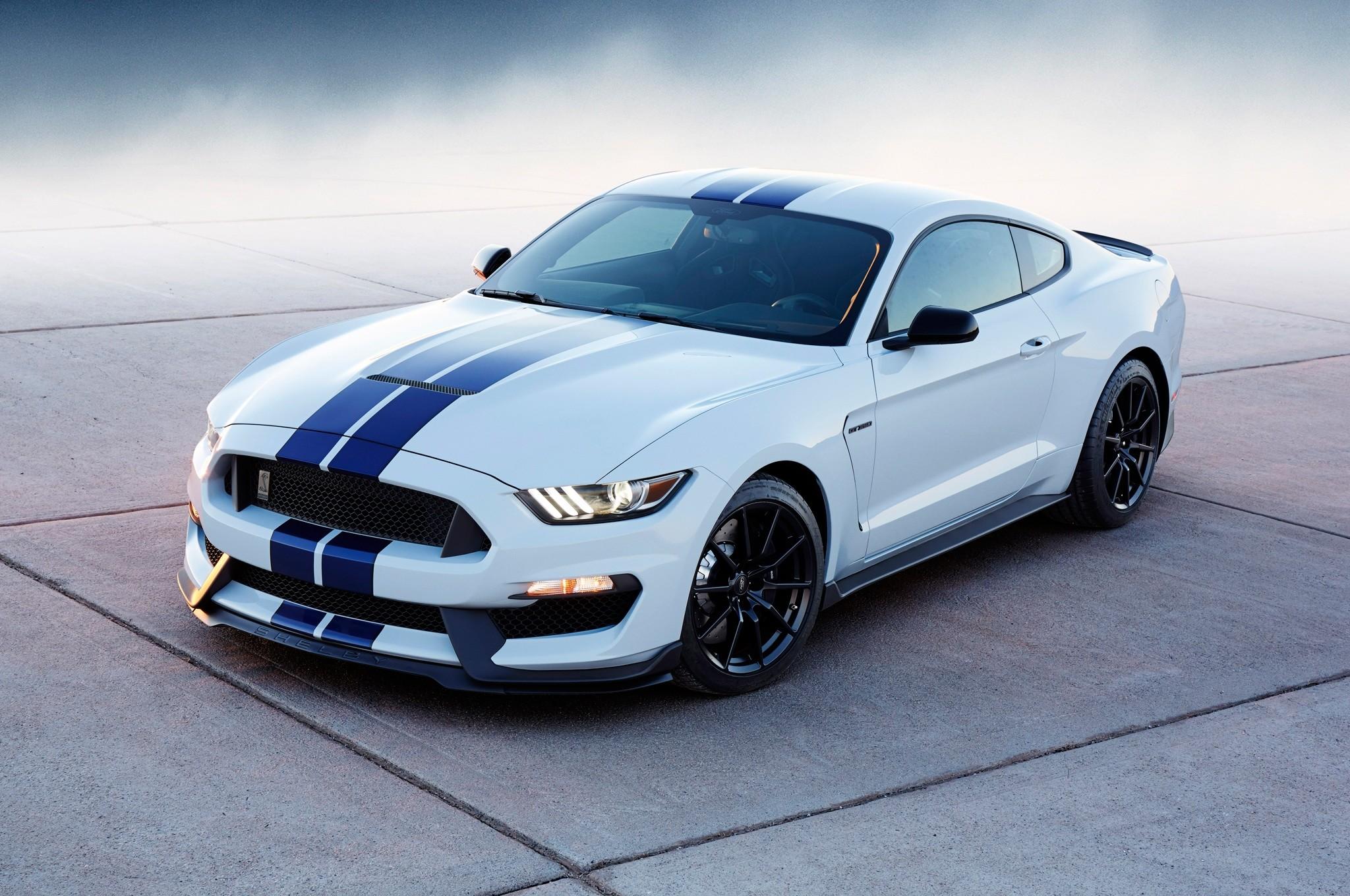 Res: 2048x1360, Sports Car Mustang Ford – 4k Wallpaper