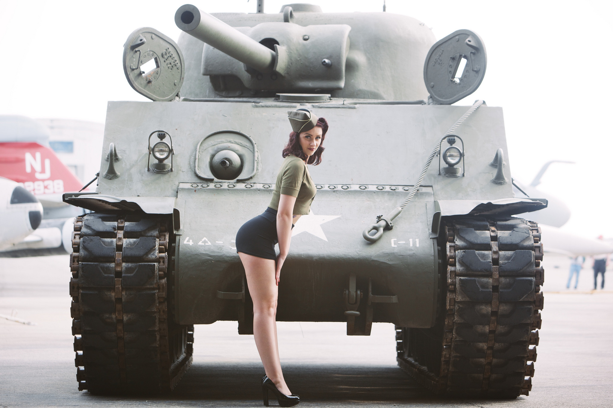 Res: 2048x1365, Looking forLooking for wallpapers in this similar style. WW2 Pinup ...