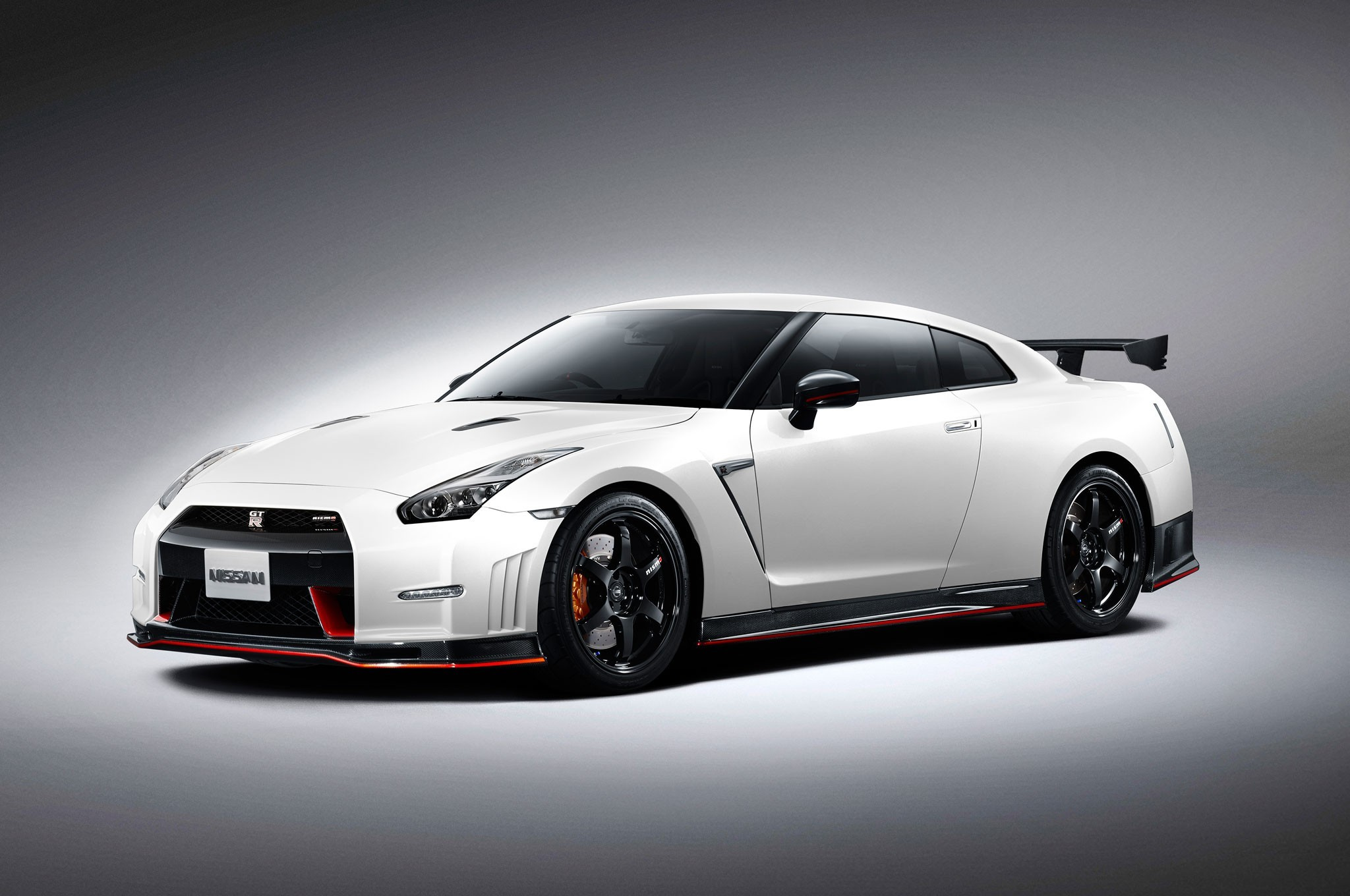 Res: 2048x1360, Nissan Gtr Nismo High Quality Wallpaper Desktop Wallpapers HD 4k Windows 10  Mac Apple Colourful Images Backgrounds Free