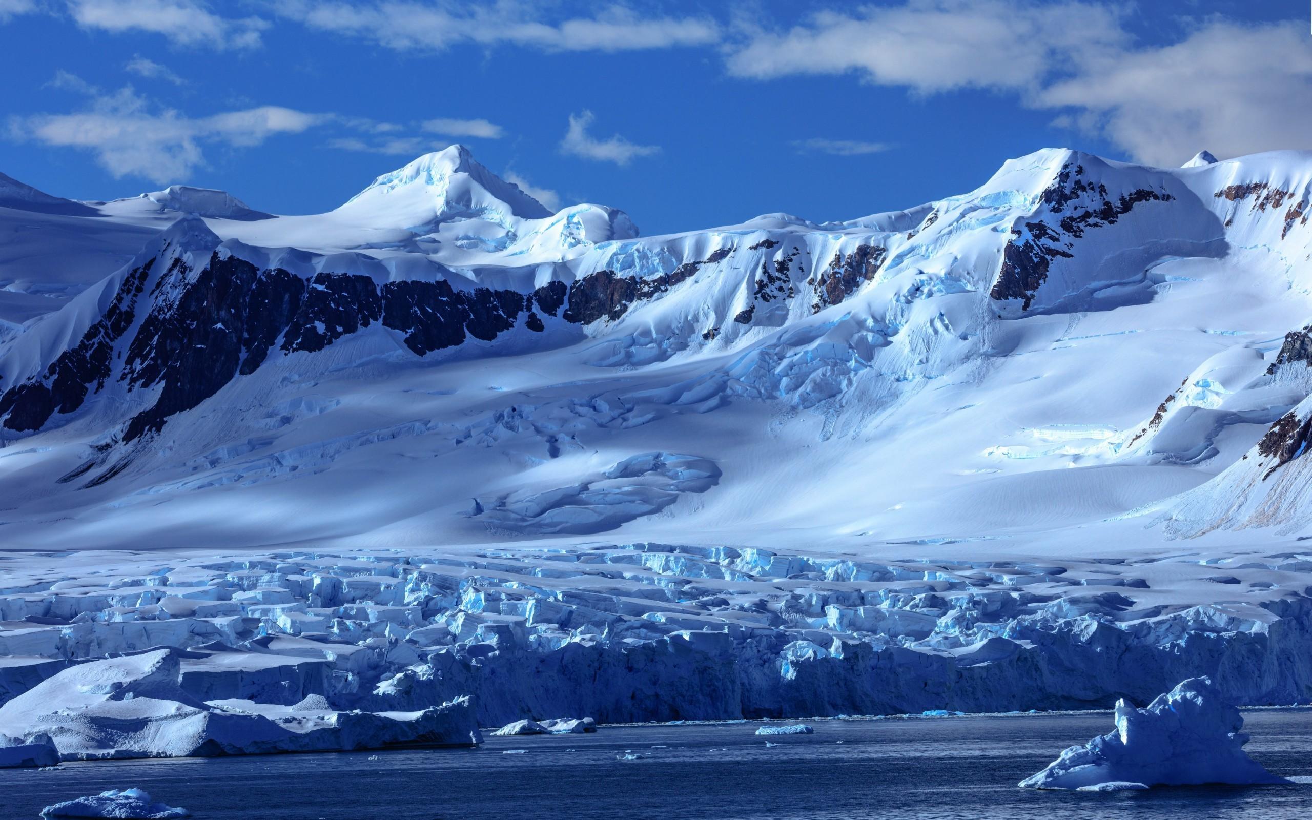 Res: 2560x1600, Snowy Mountains, Antarctica, Glacier
