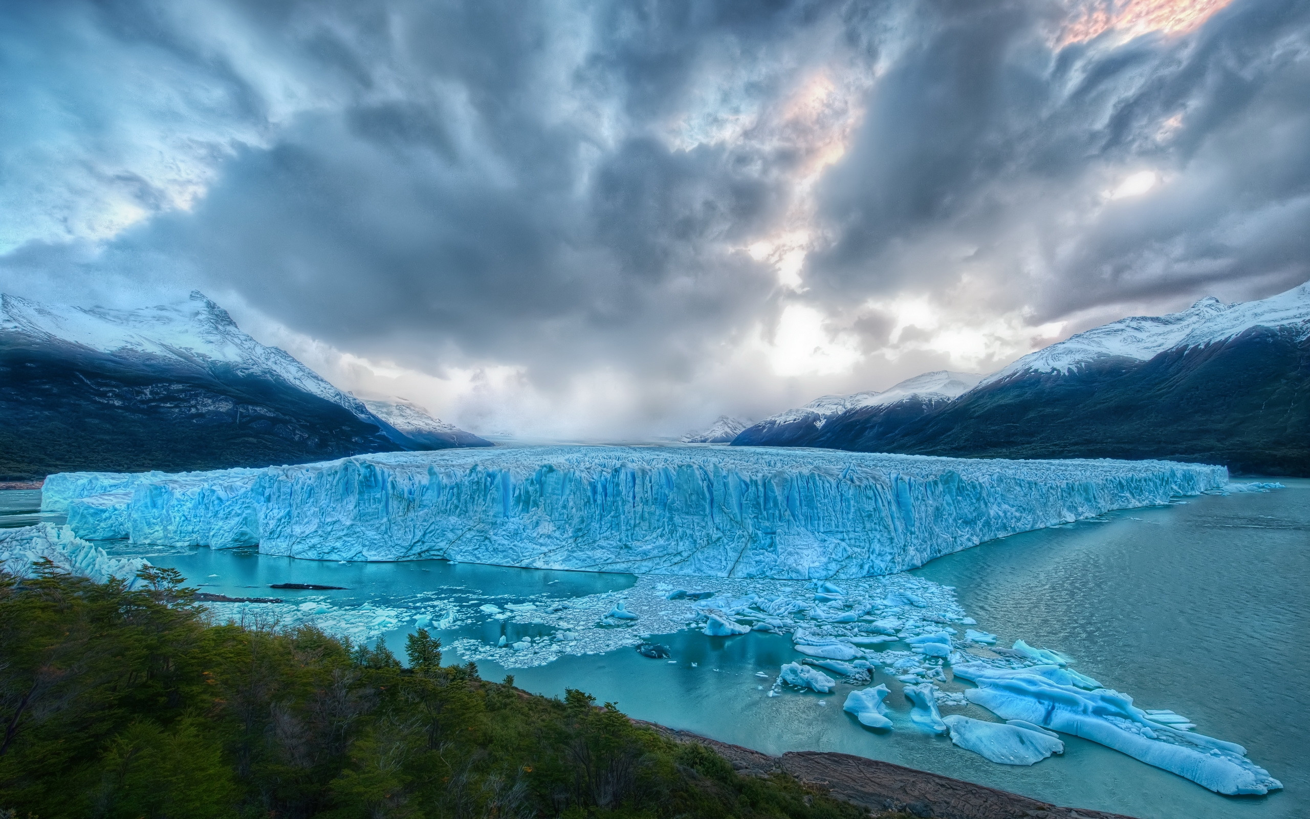 Res: 2560x1600, Glacier Wallpaper