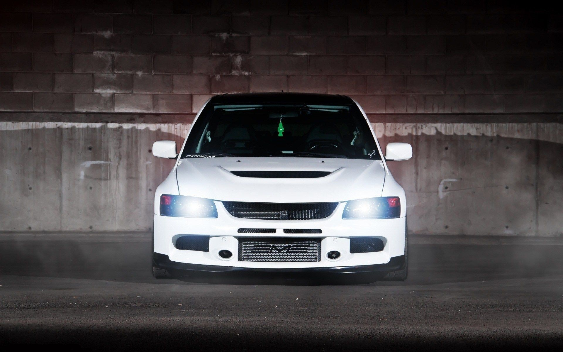Res: 1920x1200, PC Backgrounds : lancer evolution white on the road wallpapers 667×1000 Evo  IX Wallpapers