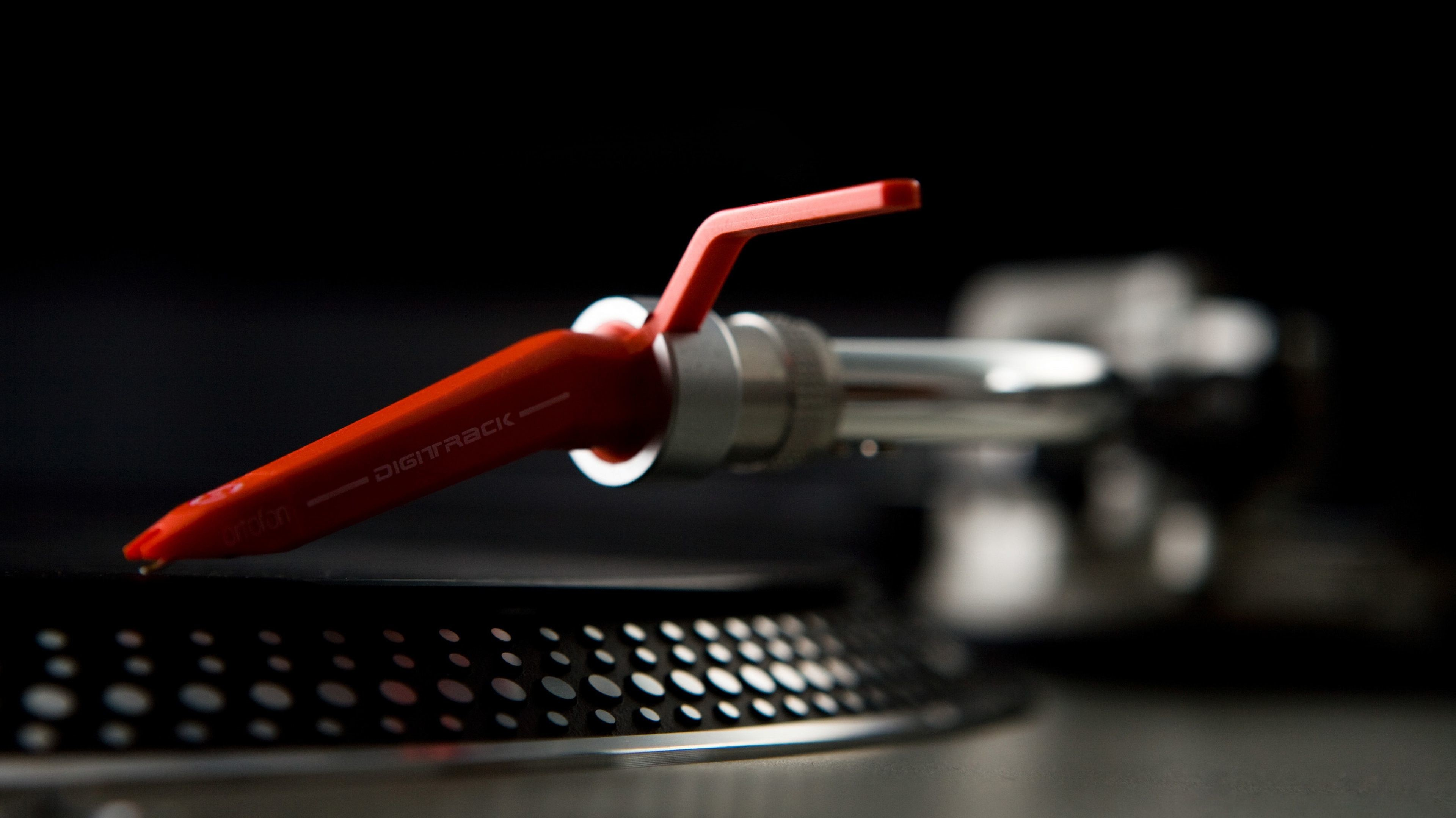 Res: 3840x2160, Discover ideas about The 90s. dj pro turntables ...