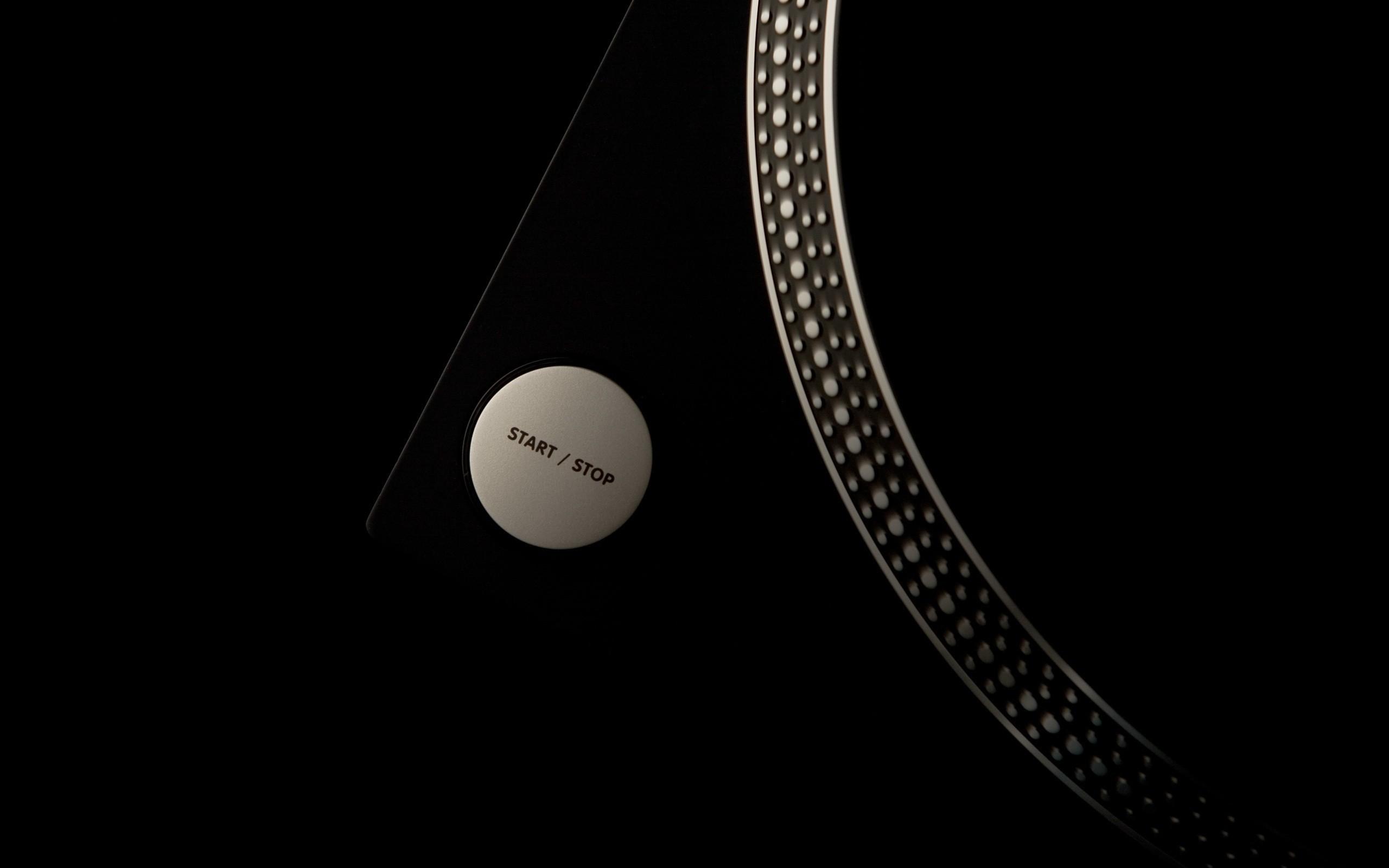 Res: 2560x1600, Black music artistic studio vinyl techno turntables technics dj wallpaper       18317   WallpaperUP