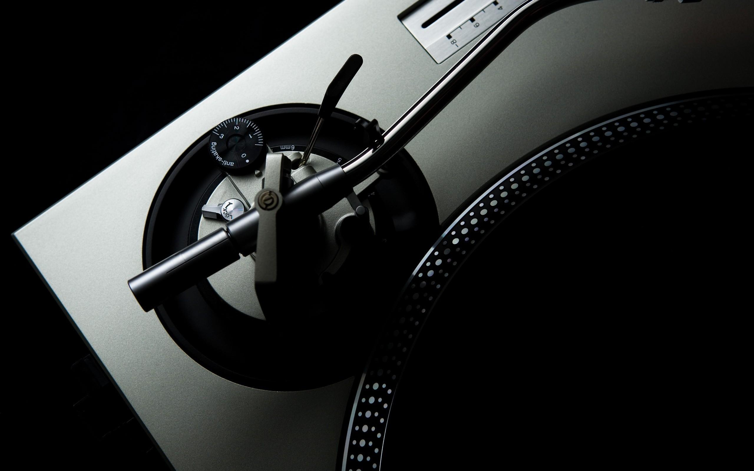 Res: 2560x1600, Black music artistic studio vinyl techno turntables technics dj wallpaper       10124   WallpaperUP
