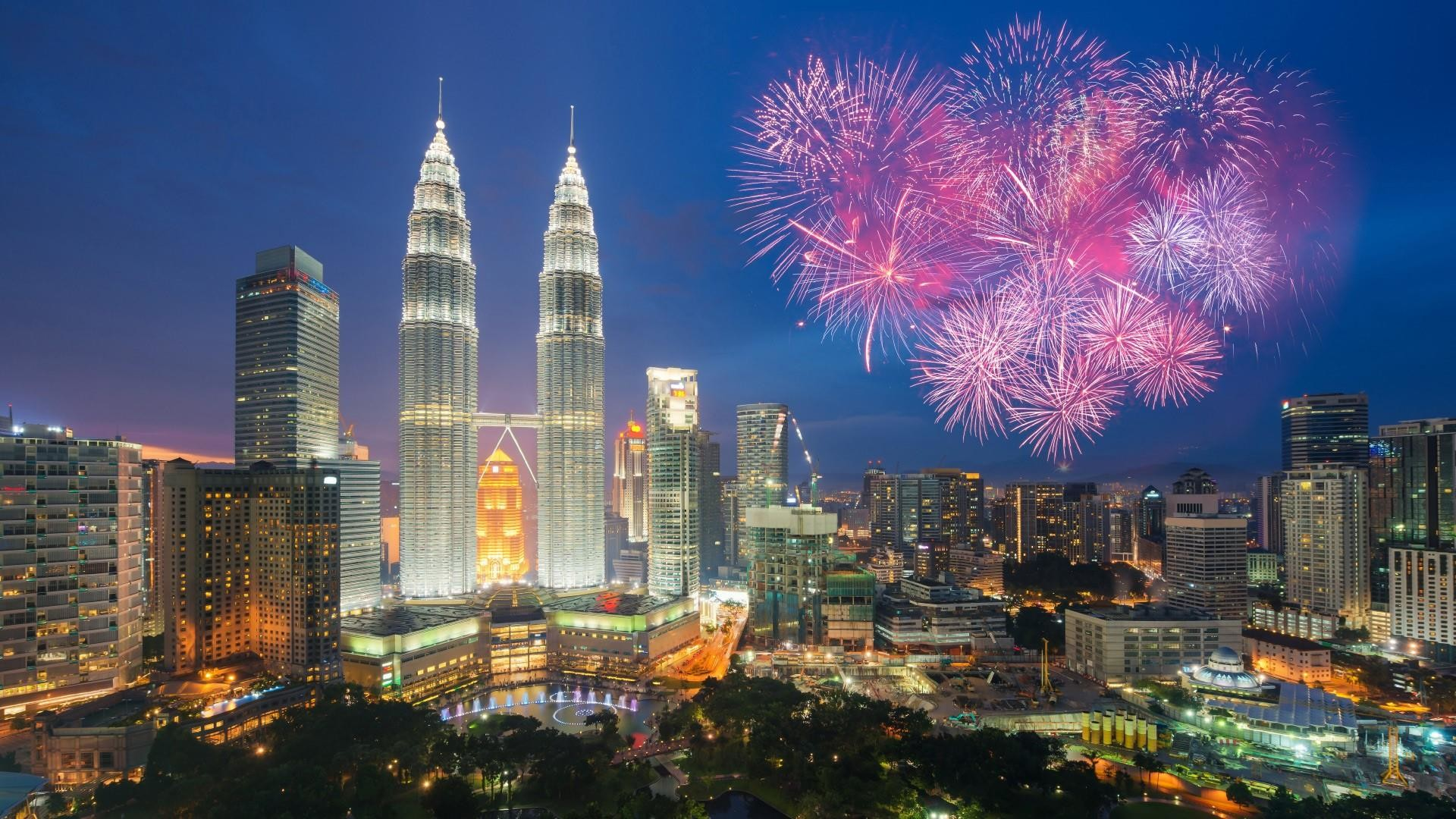 Res: 1920x1080, Petronas Twin Towers - Kuala Lumpur, Malaysia Wallpaper | Wallpaper Studio  10 | Tens of thousands HD and UltraHD wallpapers for Android, Windows and  Xbox