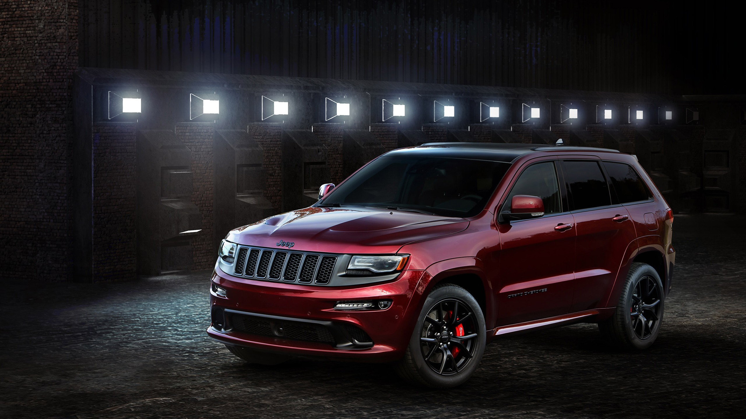 Res: 2560x1440, Automotive / Cars / Jeep Grand Cherokee Wallpaper