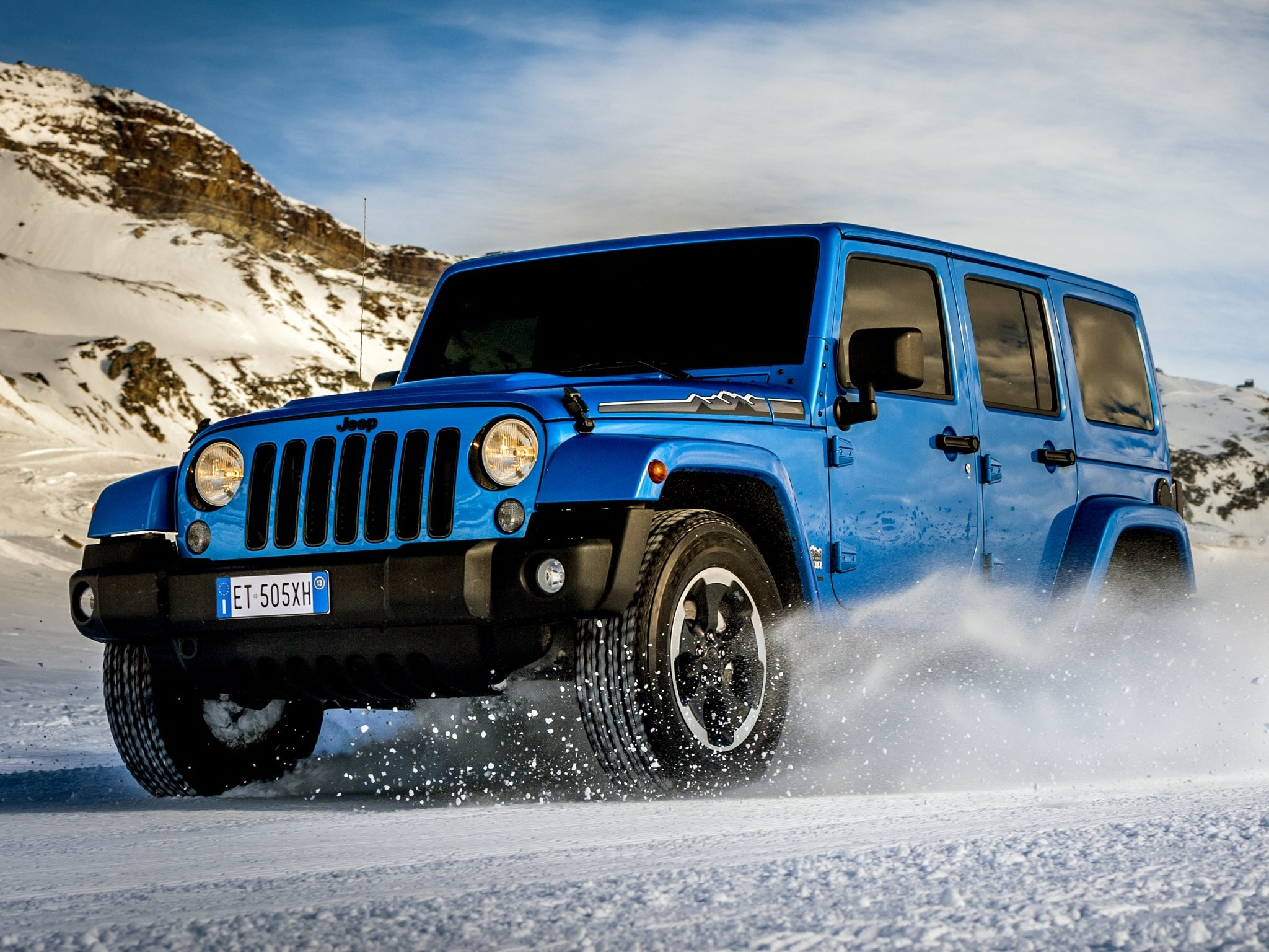Res: 2048x1536, 2014 Jeep Wrangler Unlimited Polar (J-K) 4x4 g wallpaper |  |  245472 | WallpaperUP
