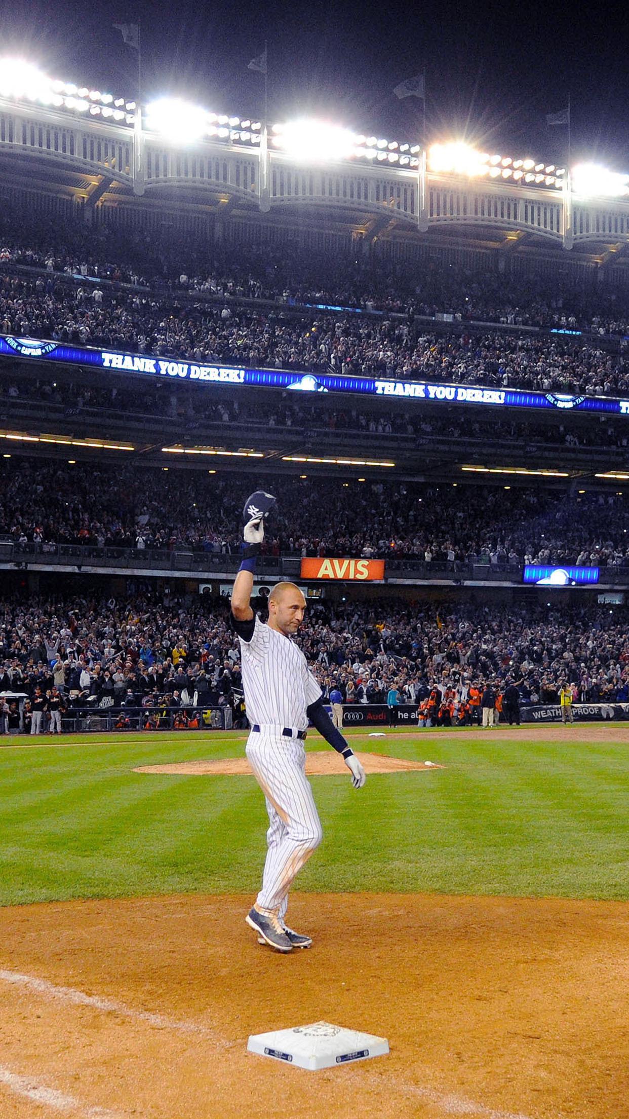 Res: 1242x2208, Derek Jeter Walk Off Single New York Yankees Android Wallpaper