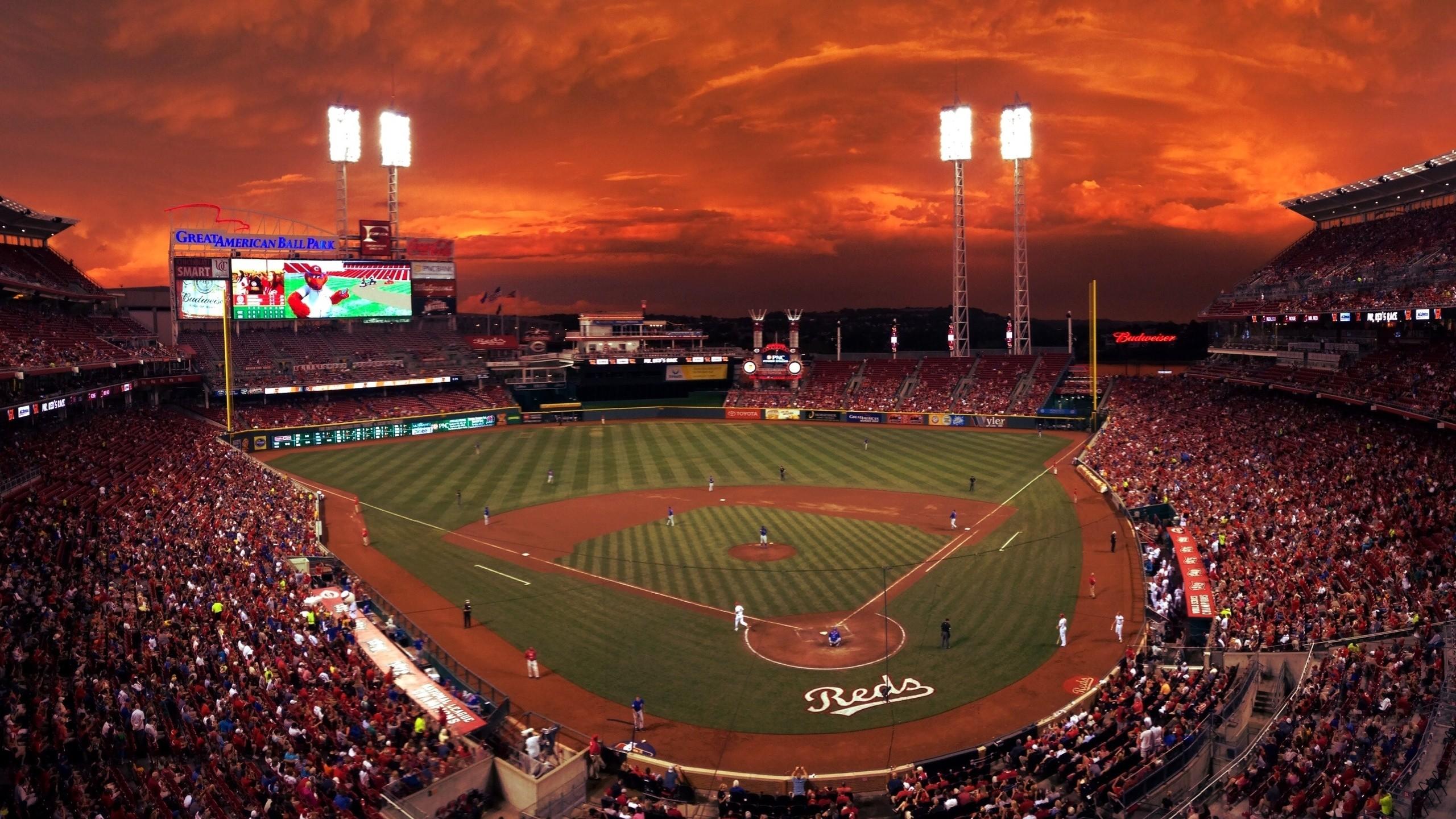 Res: 2560x1440, Cincinnati Reds Background.