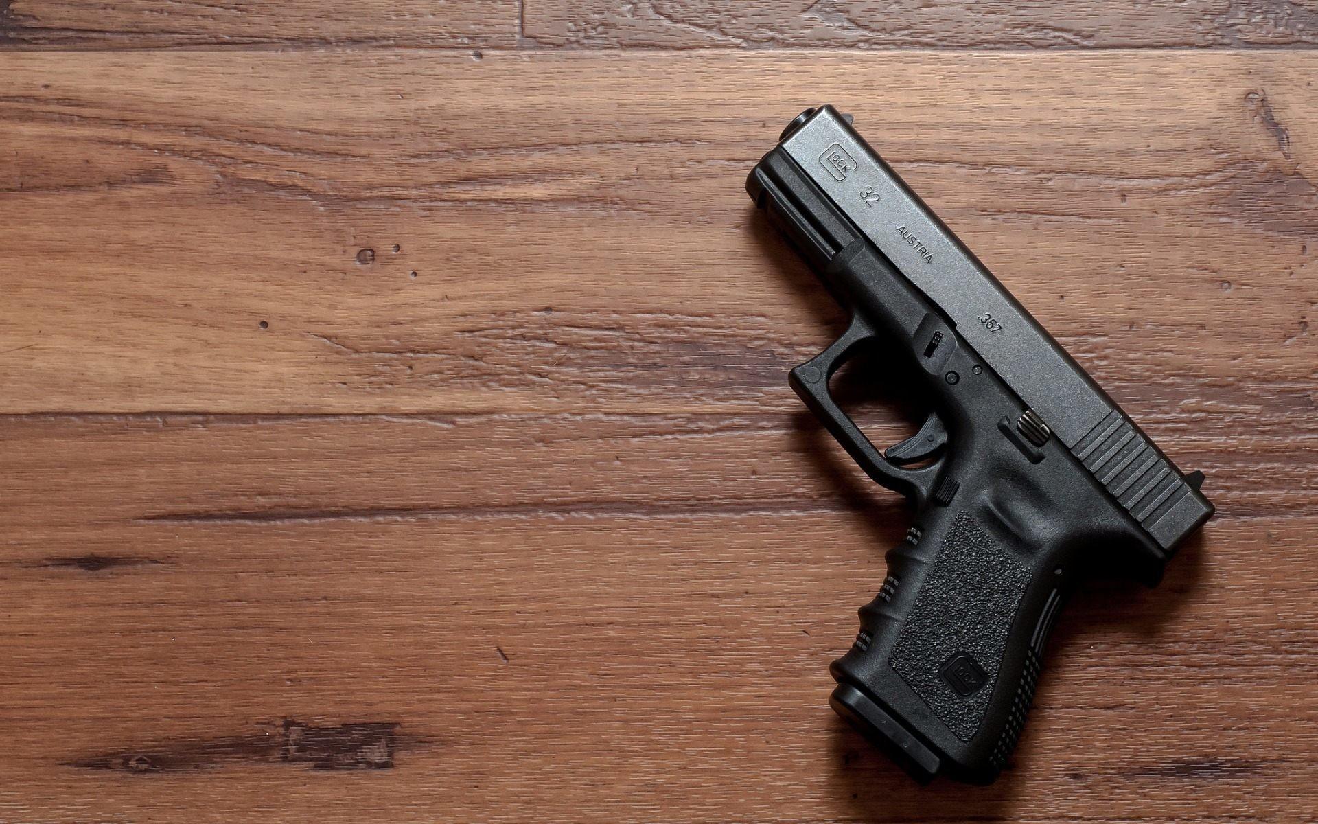 Res: 1920x1200, pistol wallpaper free download