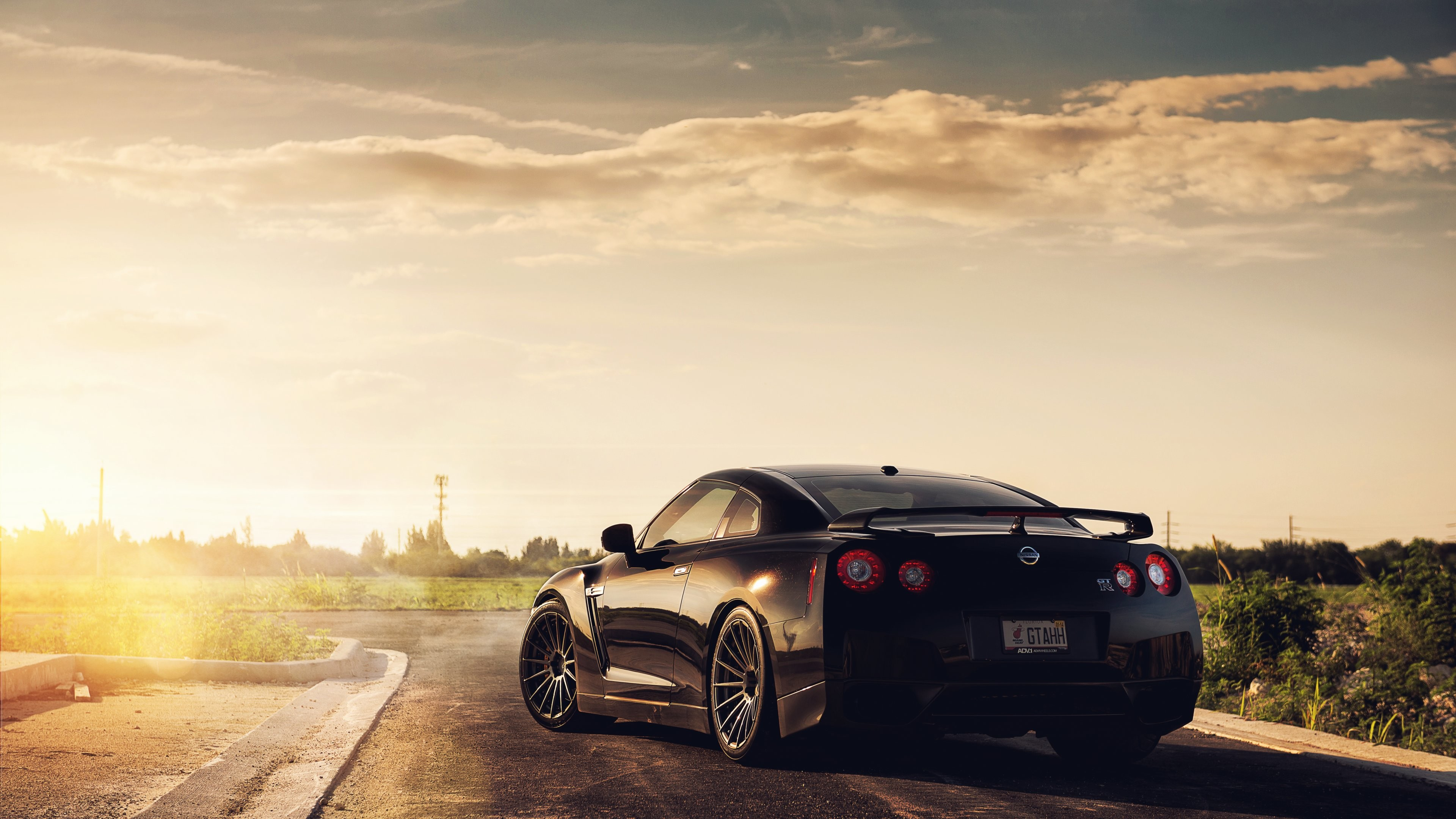 Res: 3840x2160, Nissan GTR