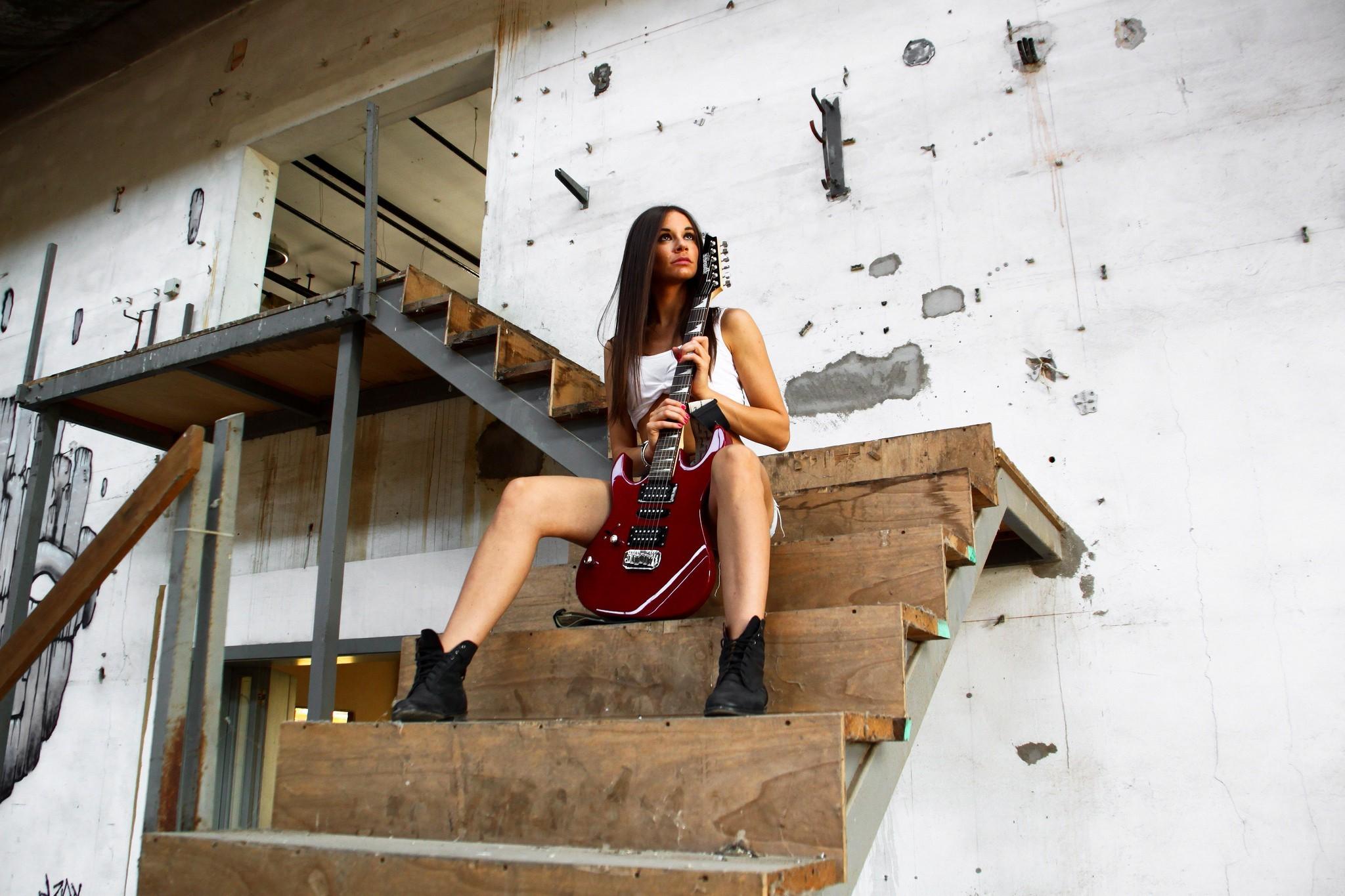 Res: 2048x1365, Guitar Girl HD