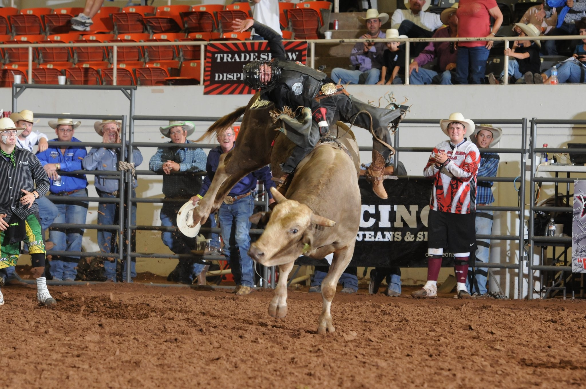 Res: 2048x1360, Youth Bull Riders ...