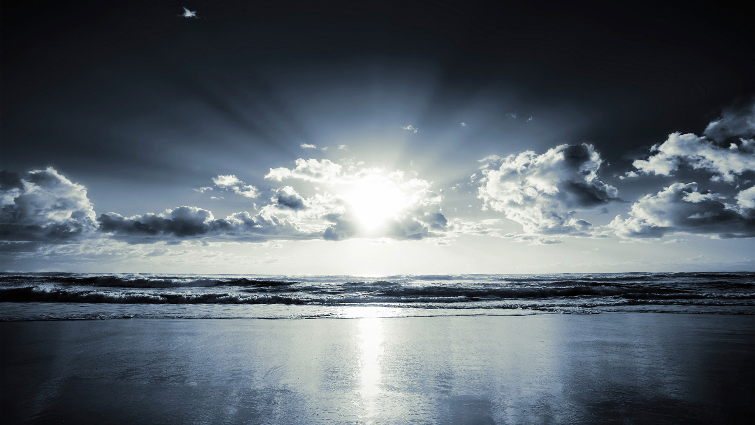 Res: 2560x1440, Sunbeams on sea wallpaper HD.