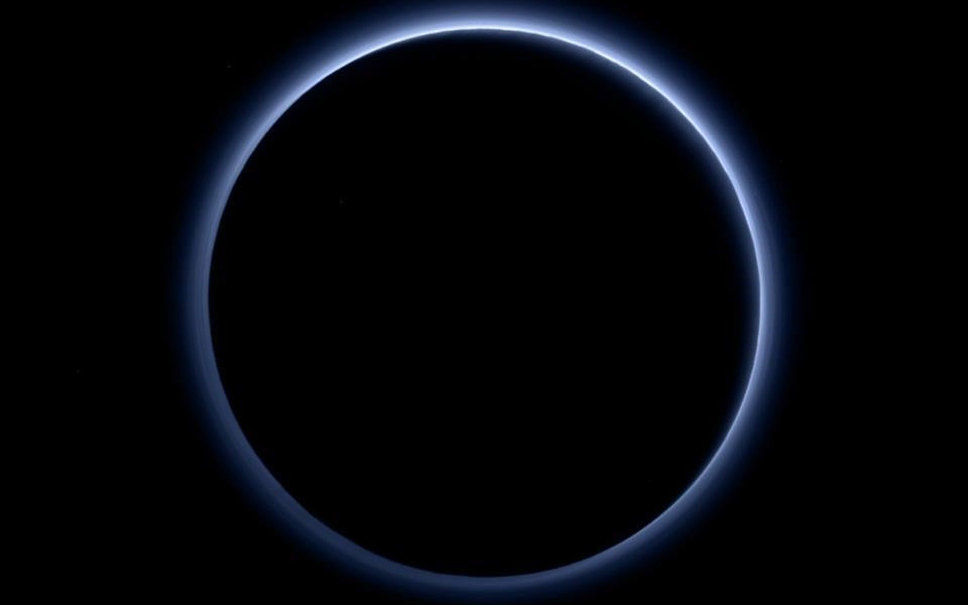 Res: 1920x1200, Pluto's haze layer shows its blue color in this picture taken by NASA's New  Horizons.