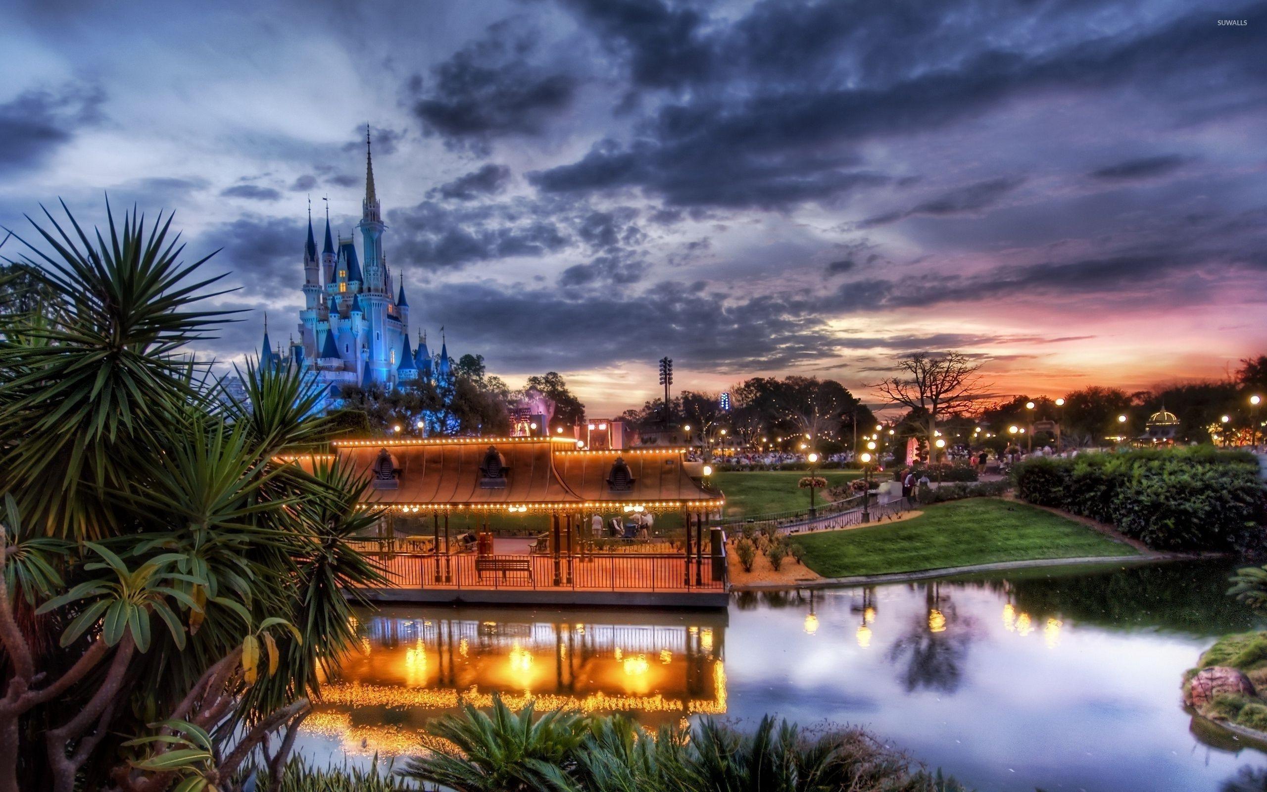 Res: 2560x1600, Free Disney World Wallpaper