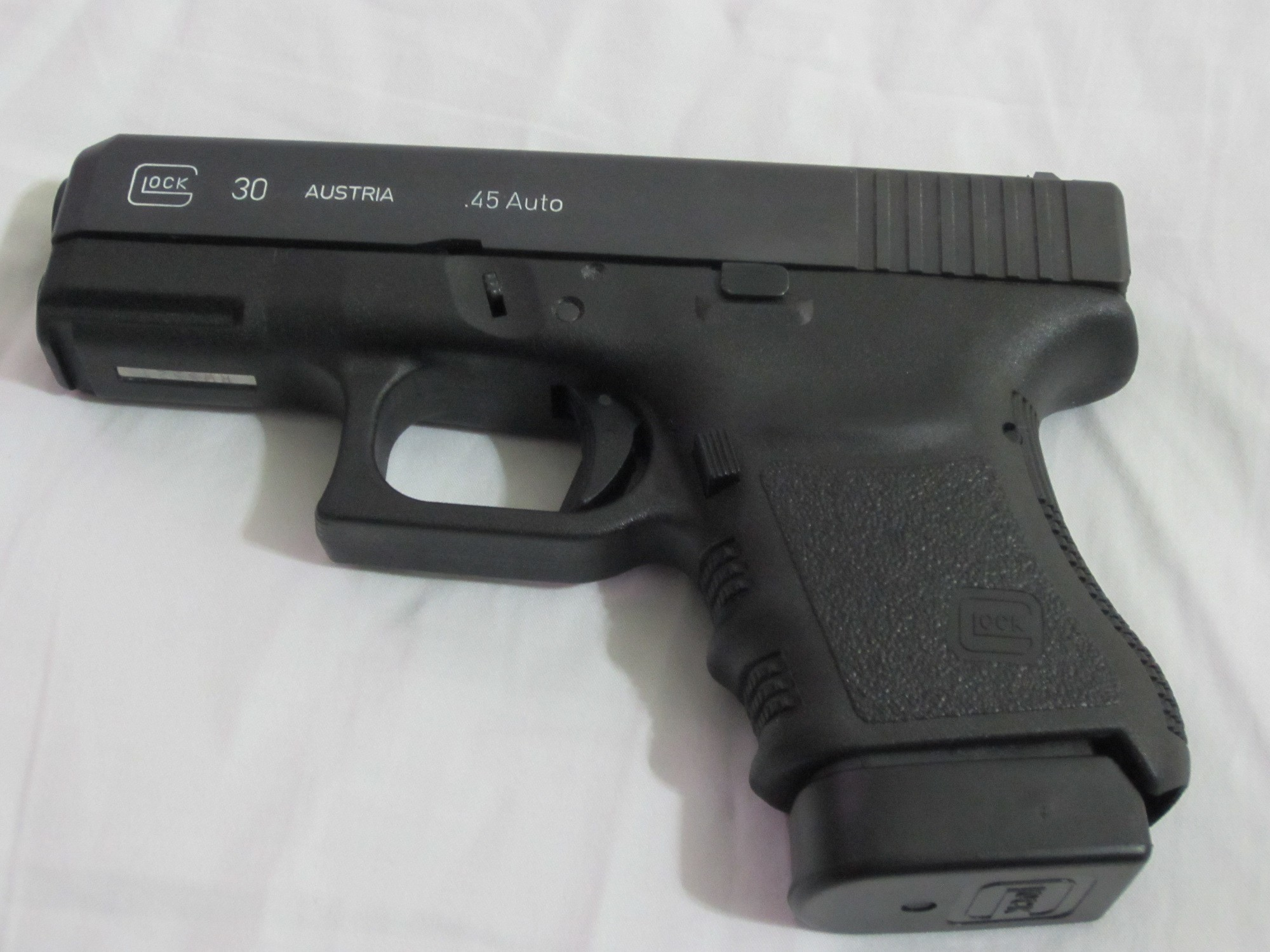 Res: 2000x1500, ... Glock Perfection Wallpaper for kids ...