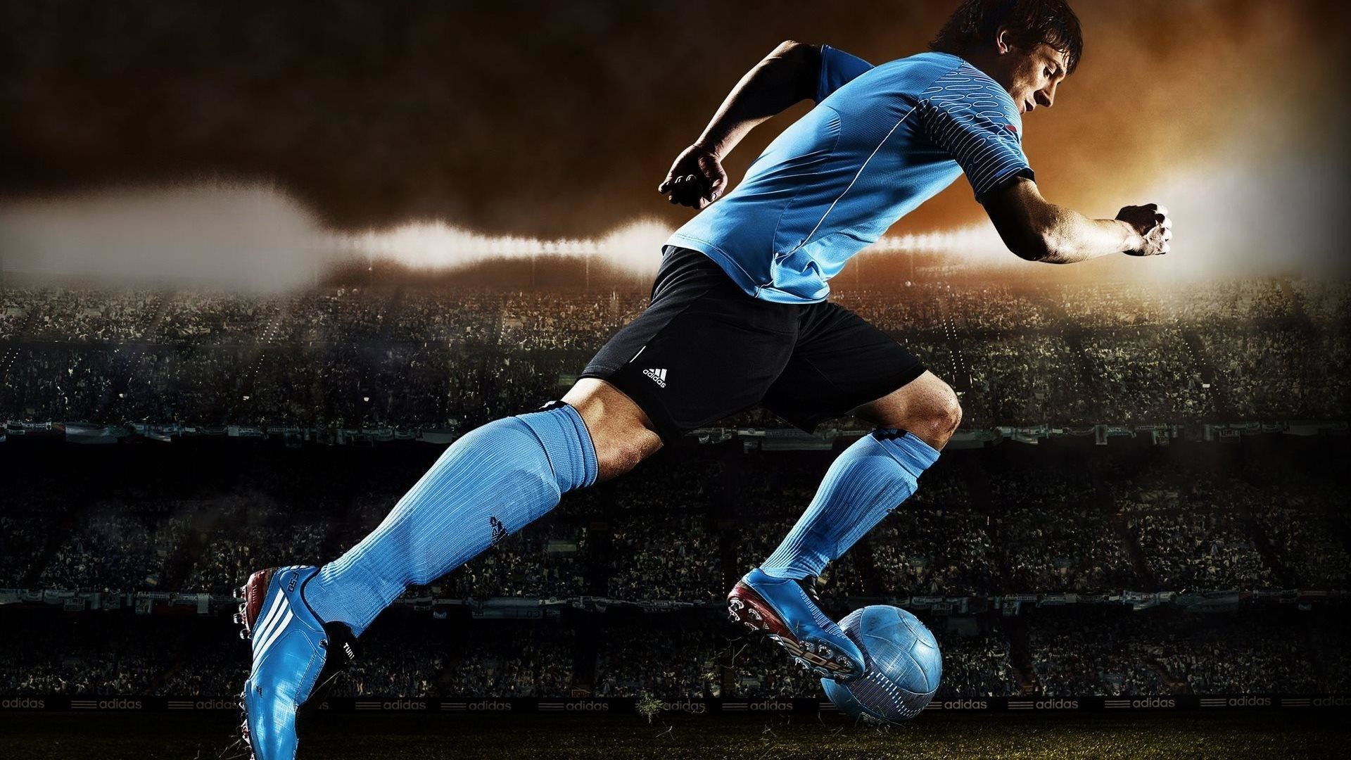 Res: 1920x1080,  4. cool-football-wallpapers-HD4-600x338